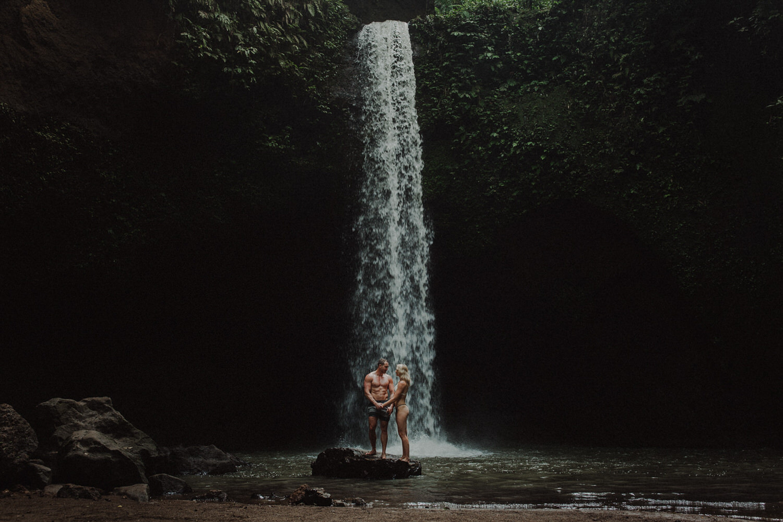 Corinna-and-Dylan-Australian-Wedding-Photographer-Destination-Wedding-Photographer-Southern-Highlands-Wedding-Photographer-Brisbane-Wedding-Photographer-Melbourne-Wedding-Photographer-Sydney-Wedding-Photographer_001(6246)_045(6000).jpg