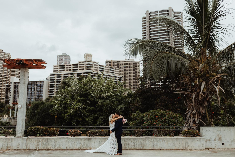 hawaiian-elopement-photography_073(5664).jpg