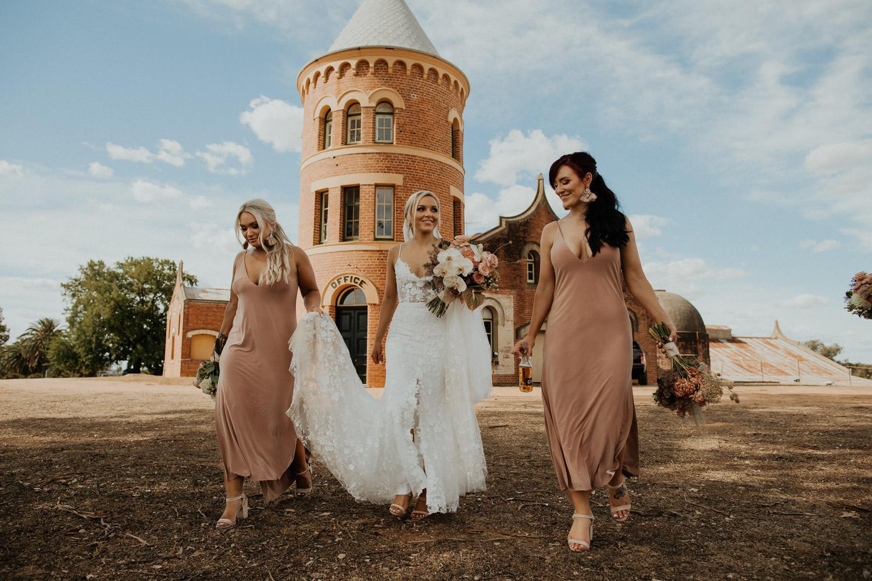 mount-ophir-rutherglen-wedding-til-death_057(2928).jpg