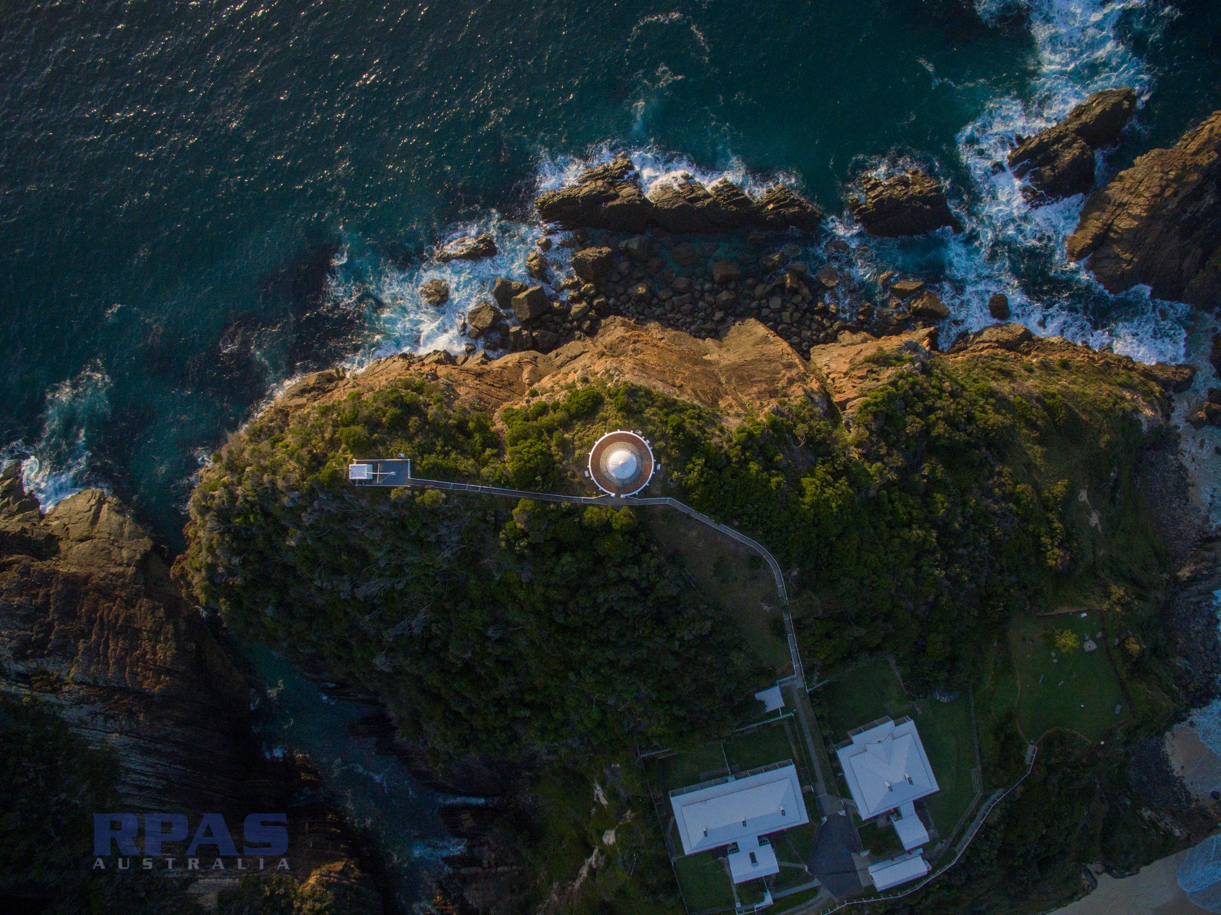 nidar coastal cliff
