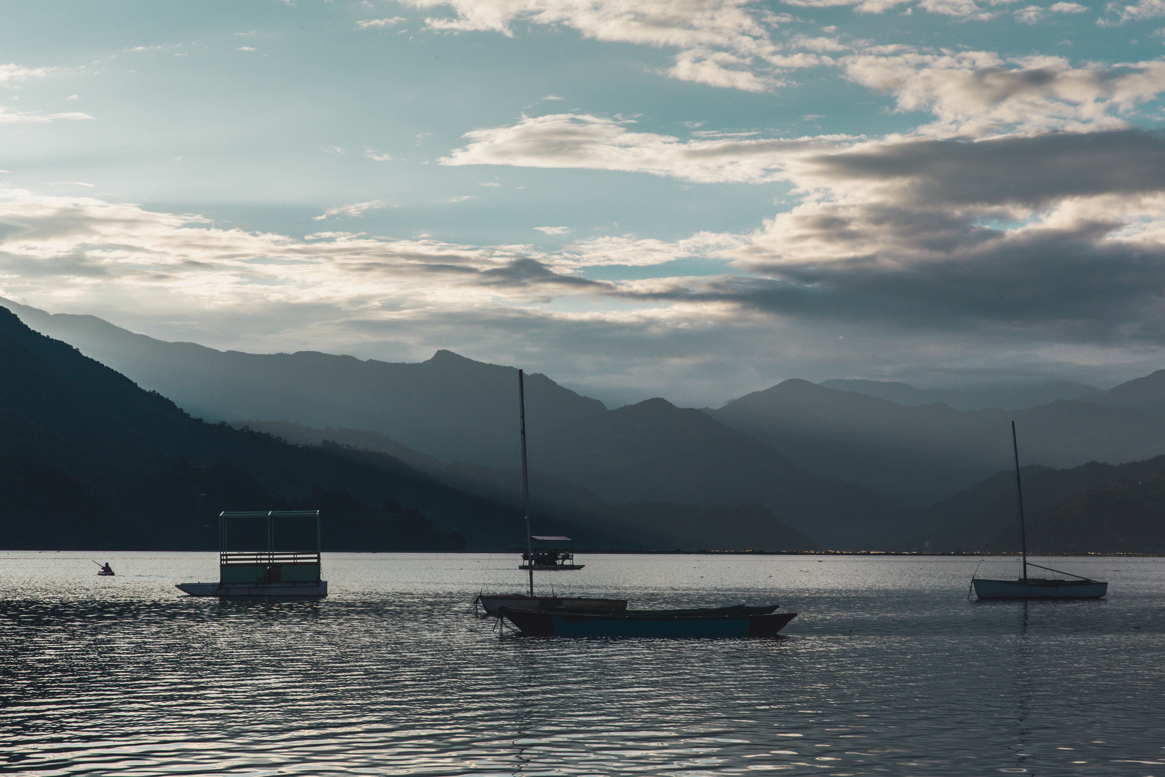 And I quickly realised she was right as we enjoyed a peaceful drink on Pokhara's calm lake front.  70mm f18 1/200 ISO500