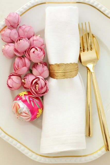 Gold, White & Pink Peony. Perfect for your next dinner party!