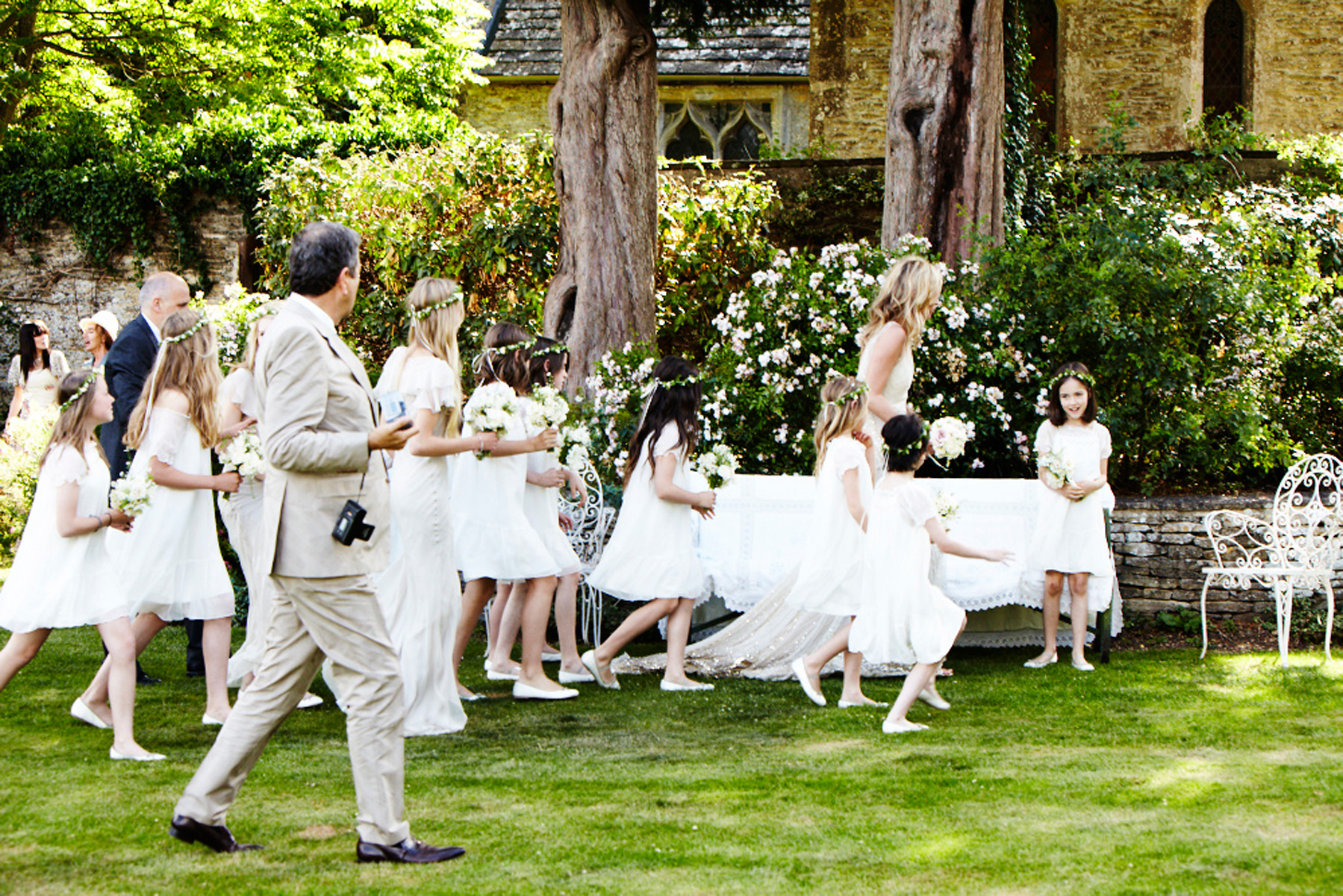 Kate with her bridesmaids & flower girls.