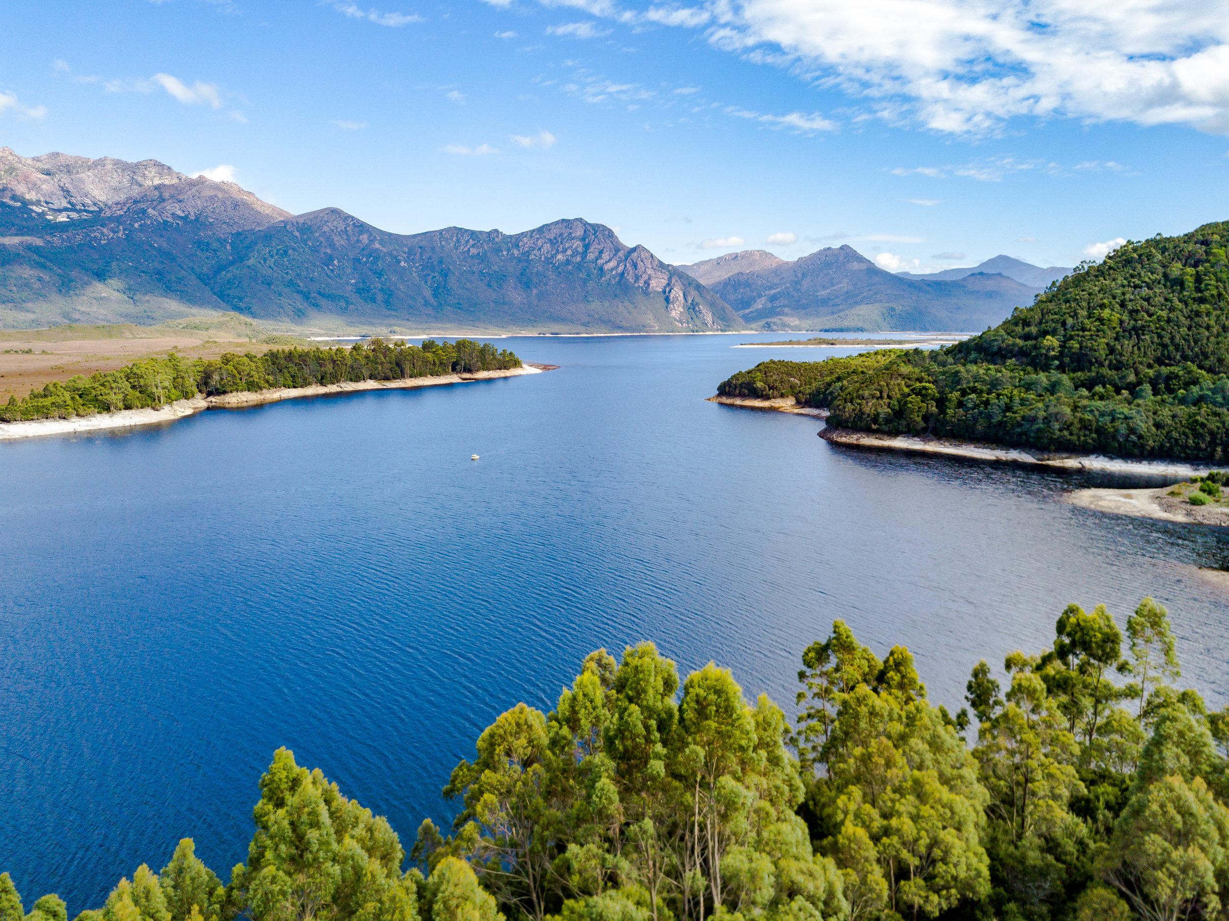 Wilderness, Lake Burbury, Tasmania