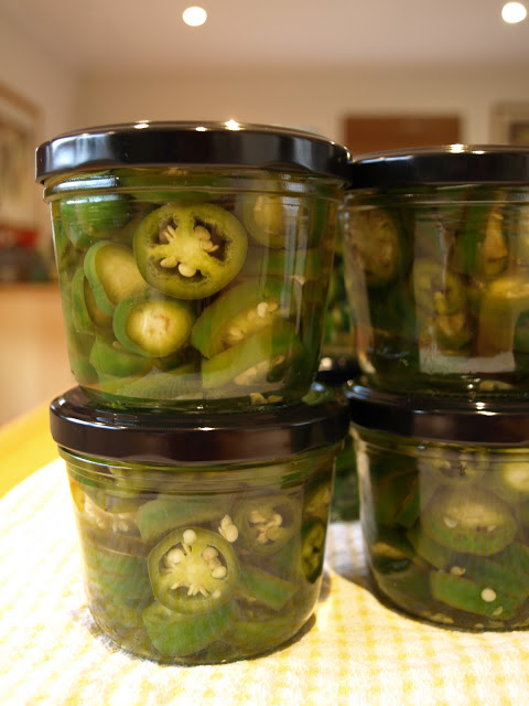 jars+of+chillis+1.JPG