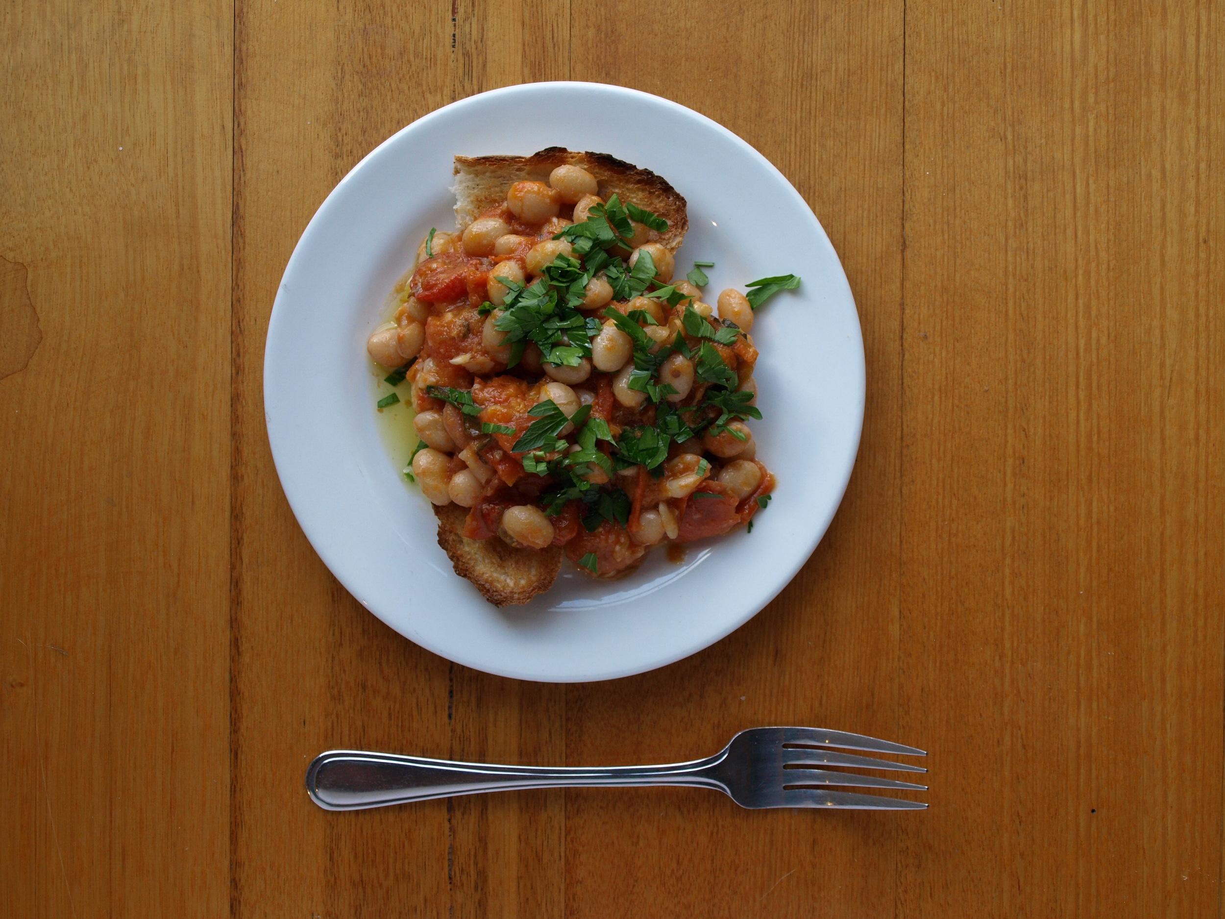 borlotti baked beans