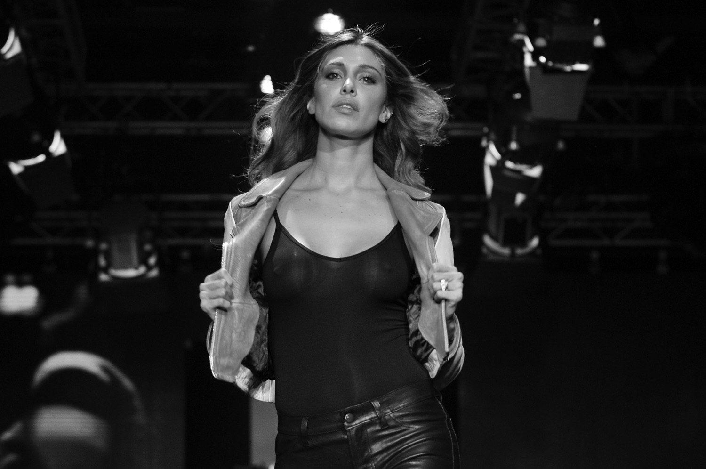 Belen Rodriguez - catwalk