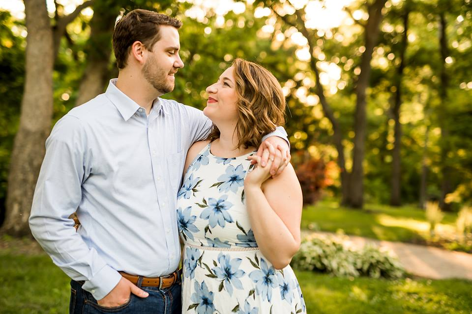 spring engagement sessions