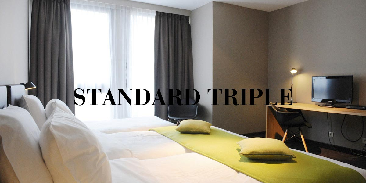 hotel-chelton-rooms-Standard-triple-bedroom-header.jpg