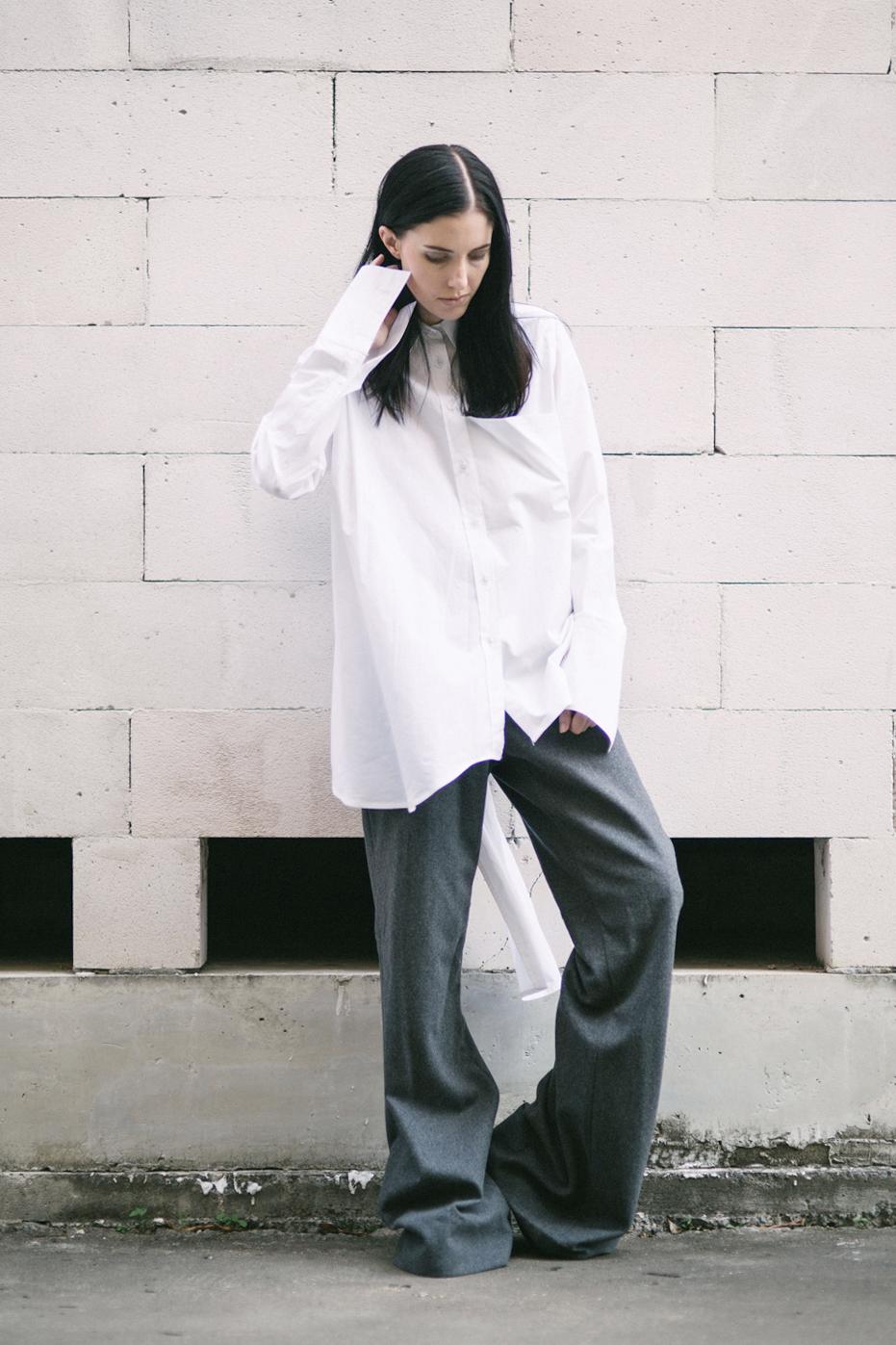 whiteshirt_front2.jpg