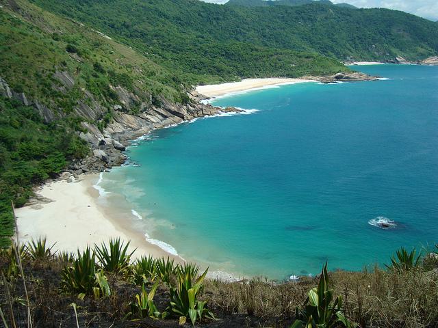 praias guaratiba.jpg
