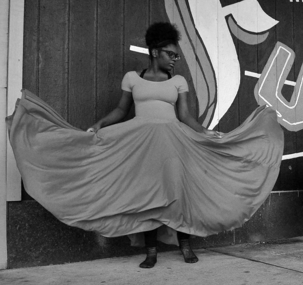 Zoe Ellison Dancer.jpg