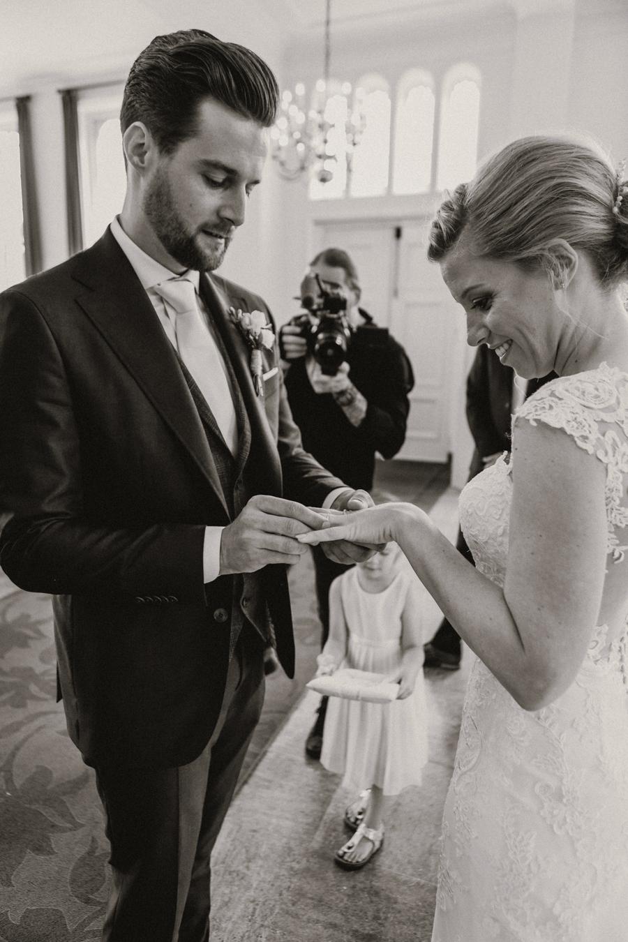 huwelijk udenhout raadhuis