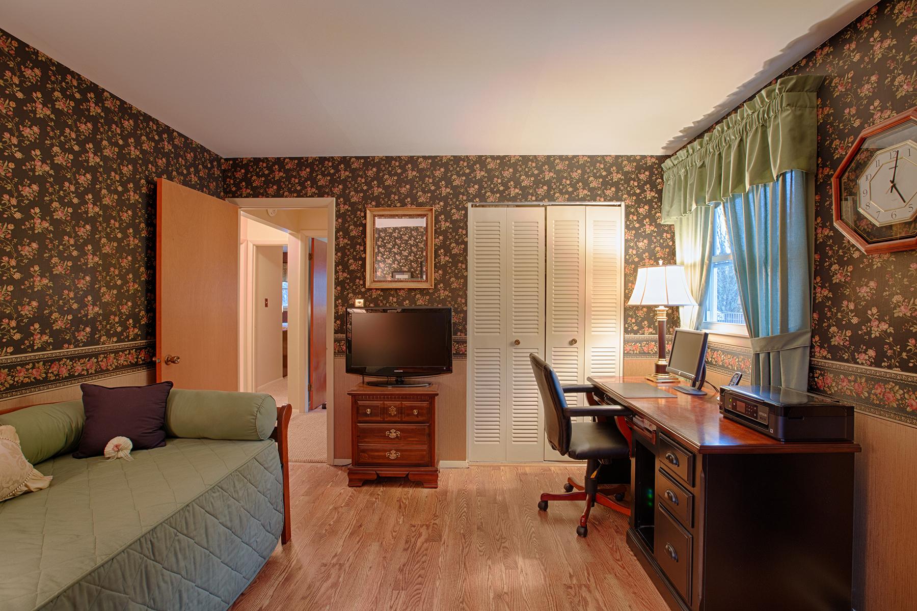 019 EAP Maria Barr 10 Lexington Rd Saratoga Springs crest 25.jpg