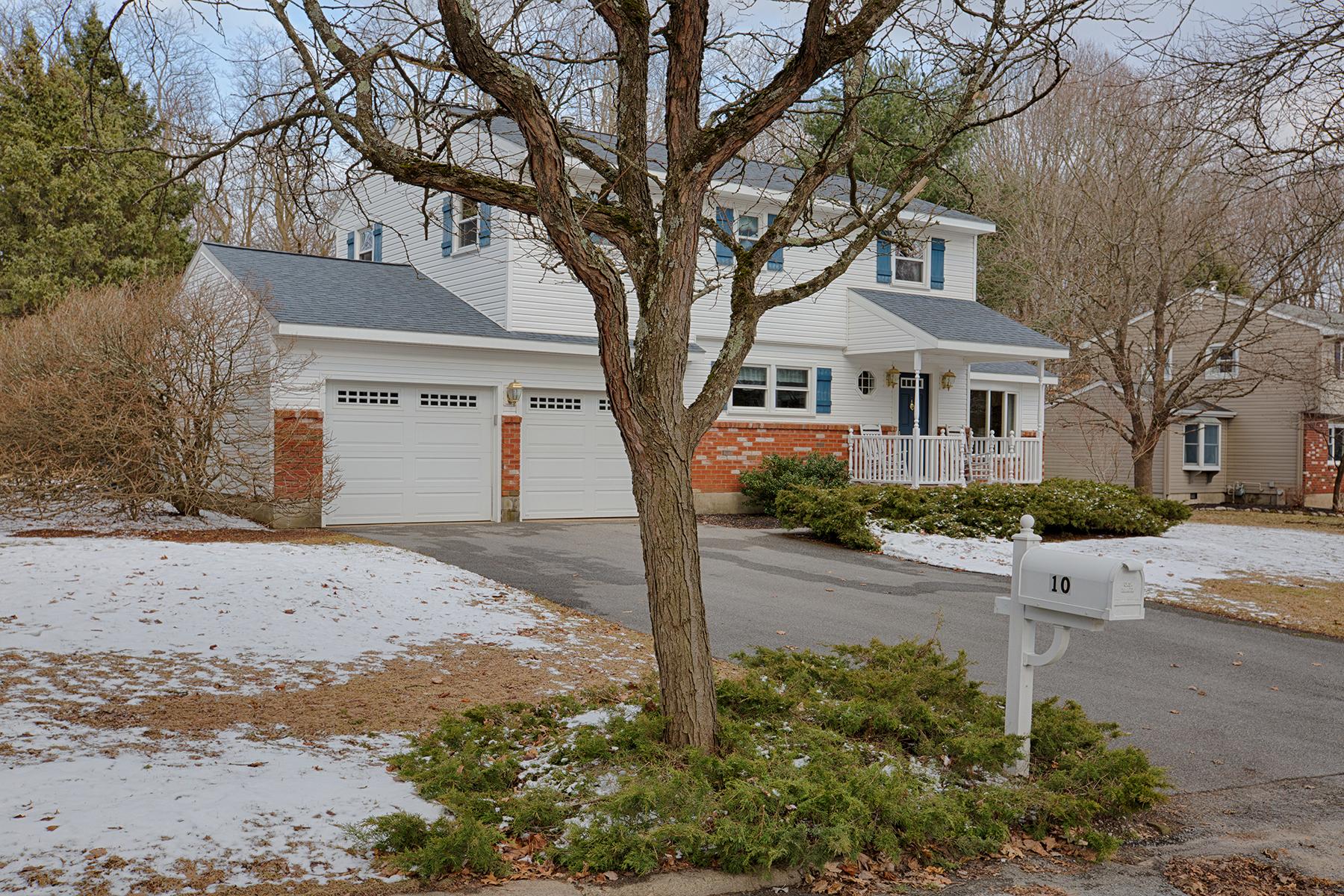 023 EAP Maria Barr 10 Lexington Rd Saratoga Springs crest 31.jpg