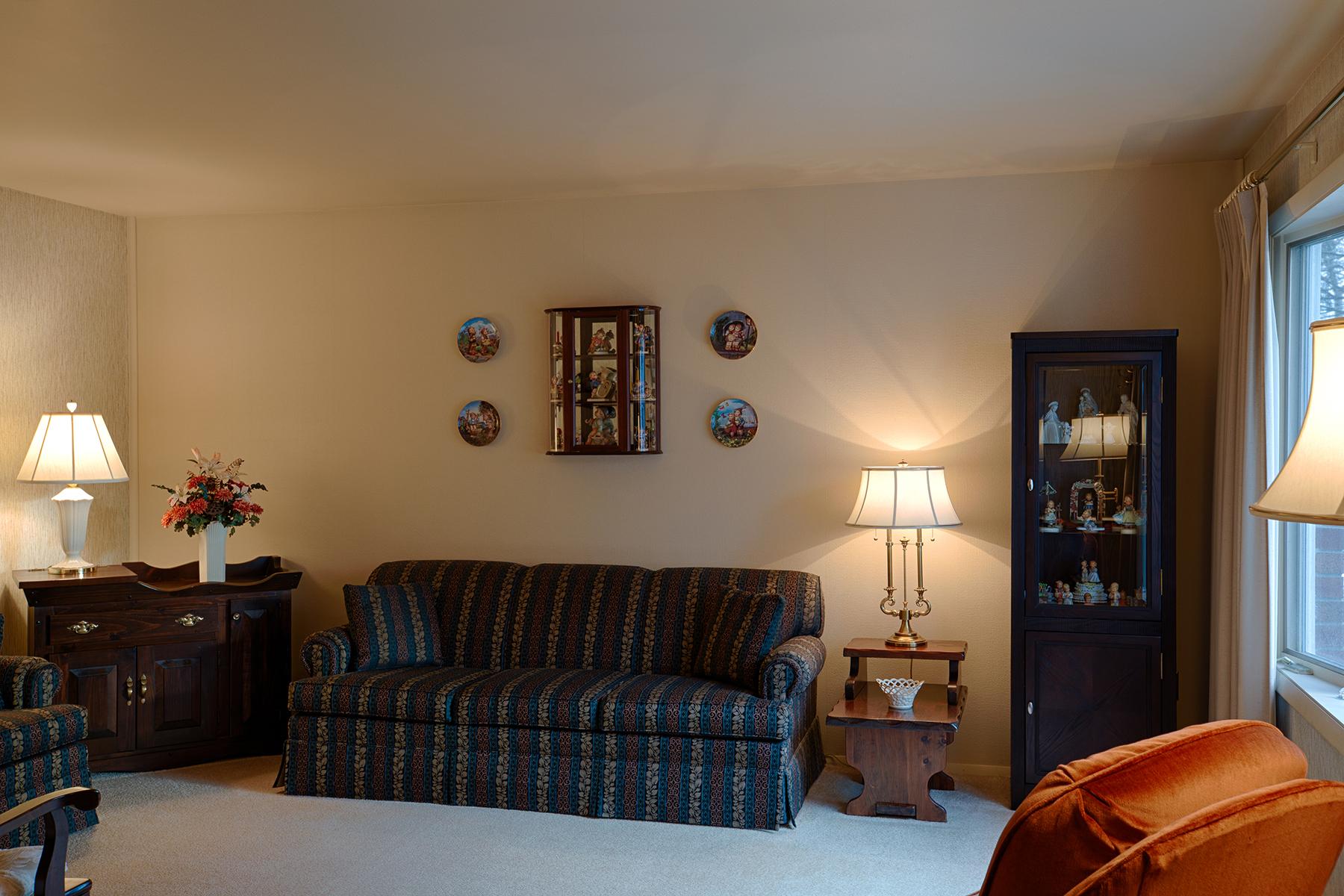 025 EAP Maria Barr 10 Lexington Rd Saratoga Springs crest 32.jpg