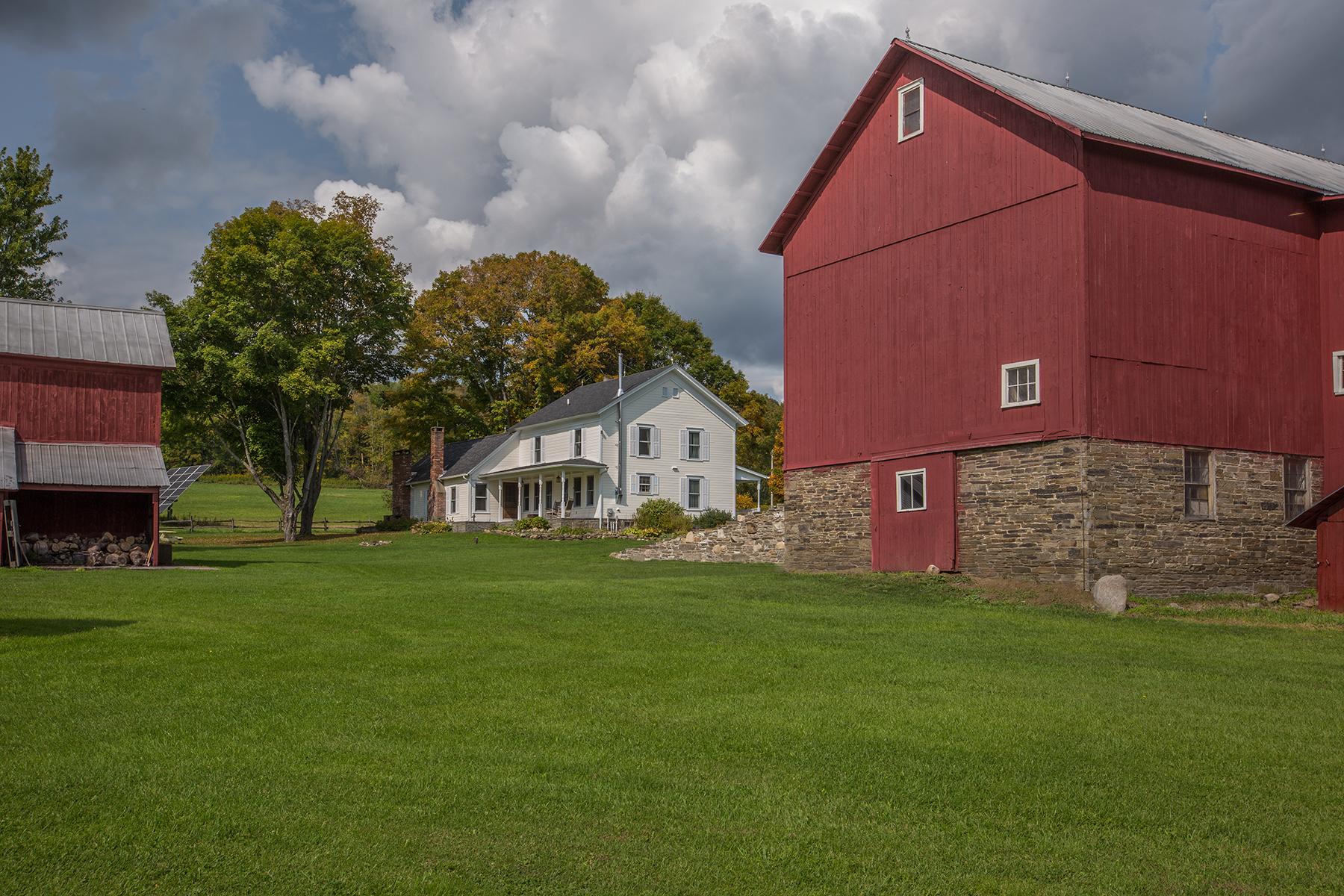 house through barns.jpg
