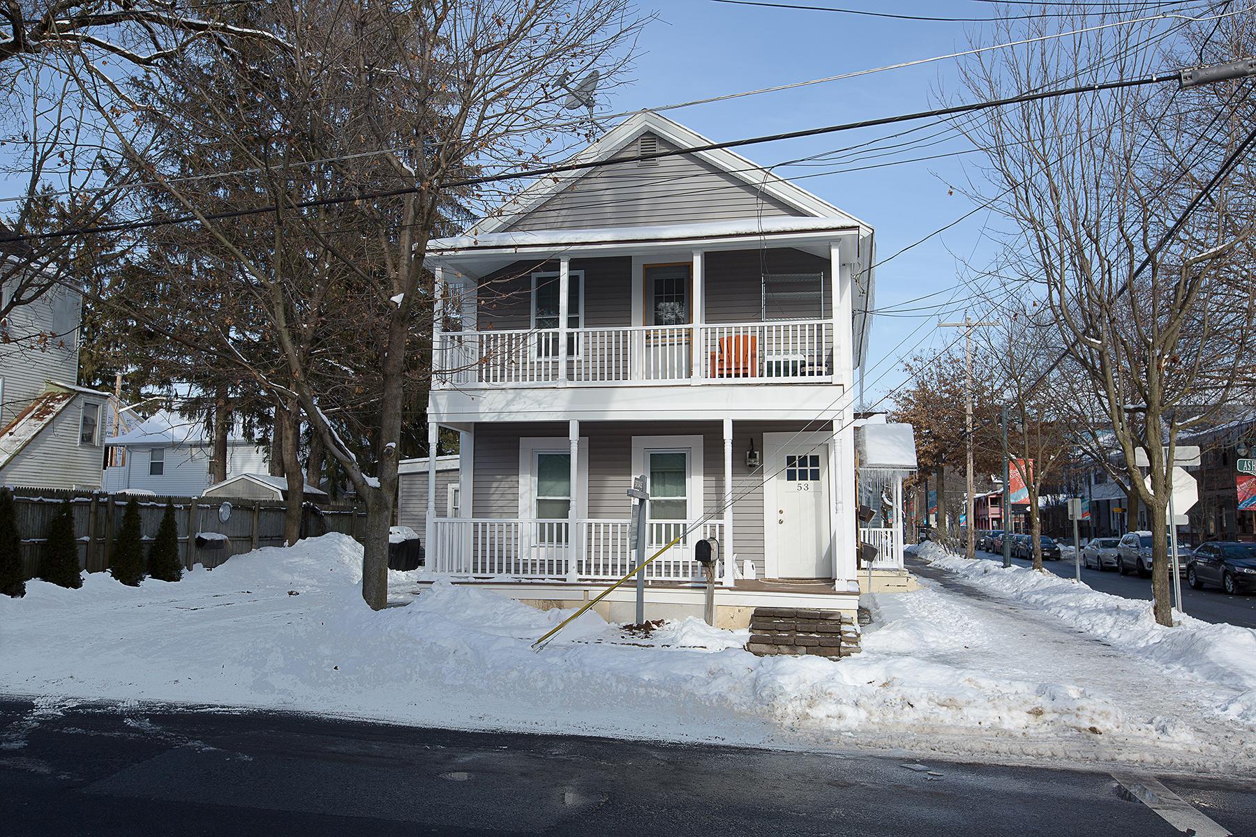023 EAP Maria Barr 53 Ash Street Saratoga Springs-29.jpg
