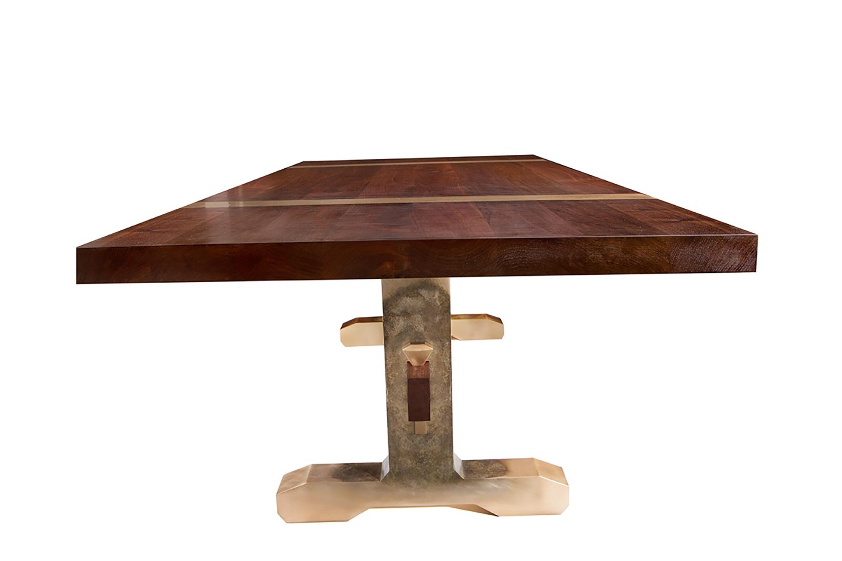 Titan Table02.jpg