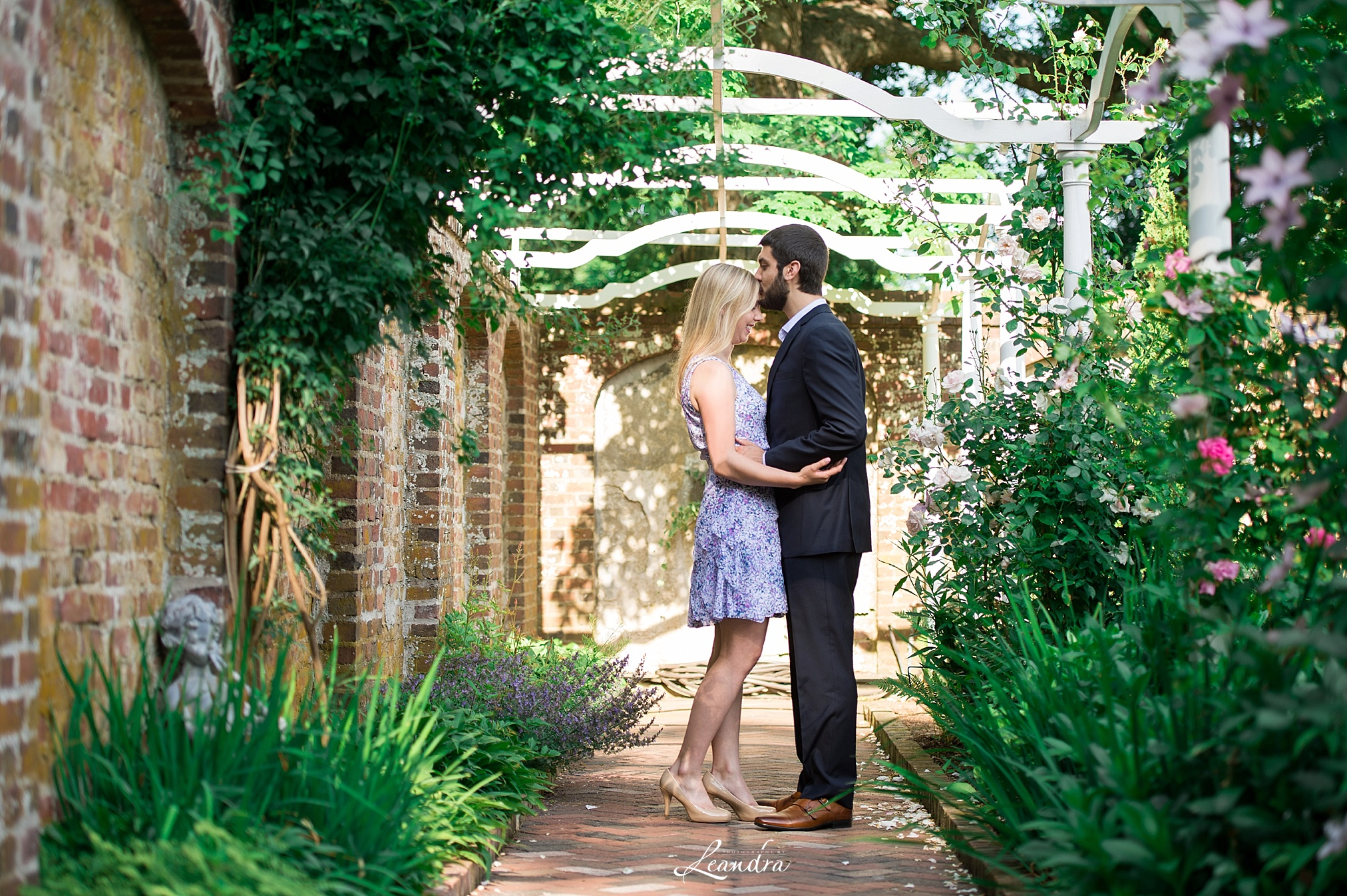 PhotographybyLeandra.KeelerTavern Engagement_0168.jpg