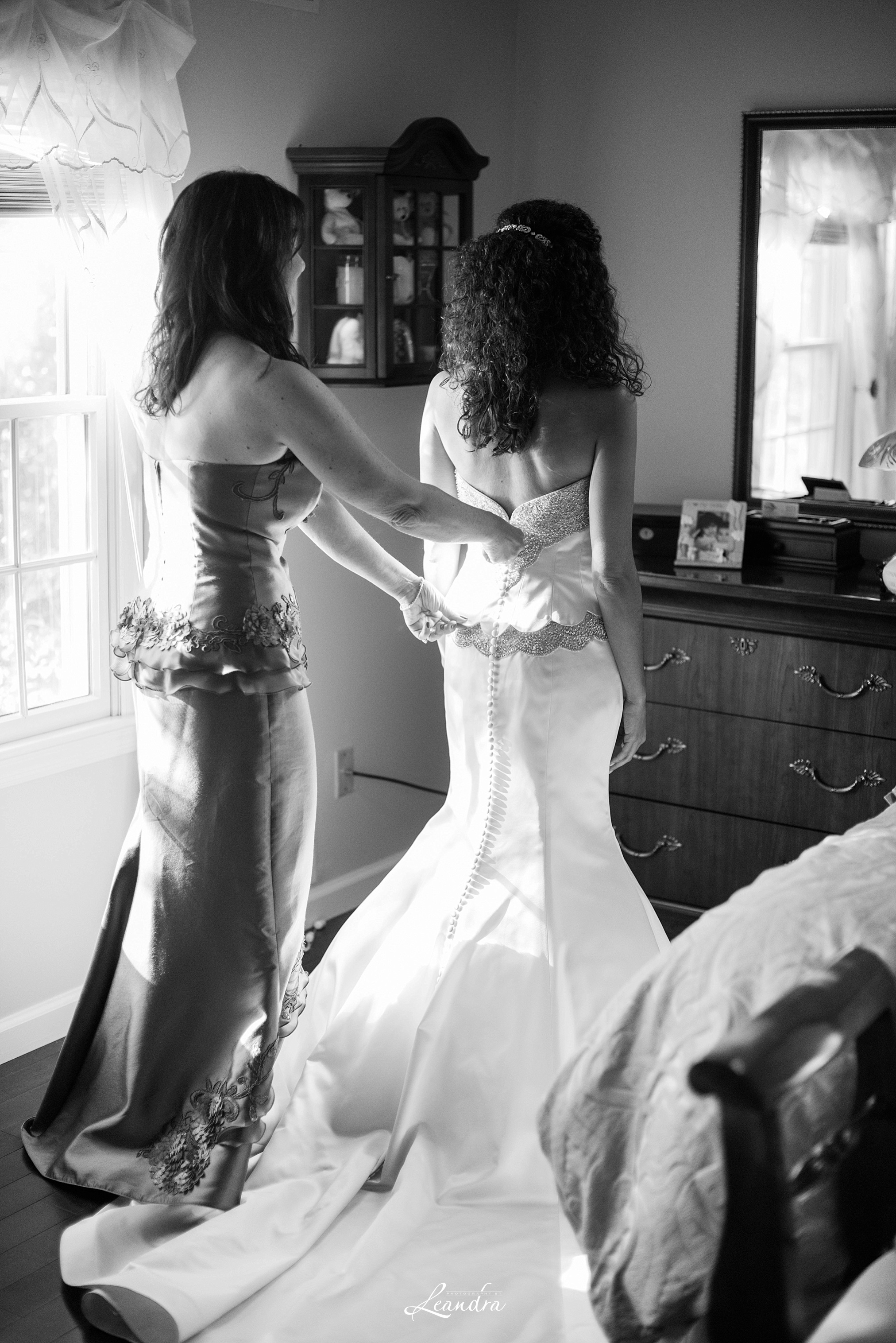 Bride getting ready for the Park Savoy Estate Wedding | New Jersey Wedding Photographer
