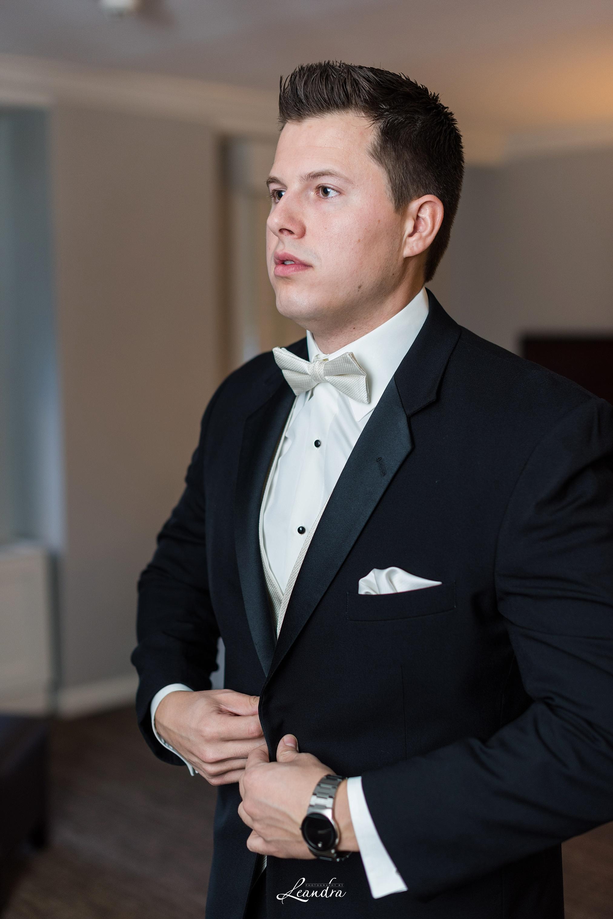 The Park Savoy Estate Wedding Groom getting ready | New Jersey Wedding Photographer