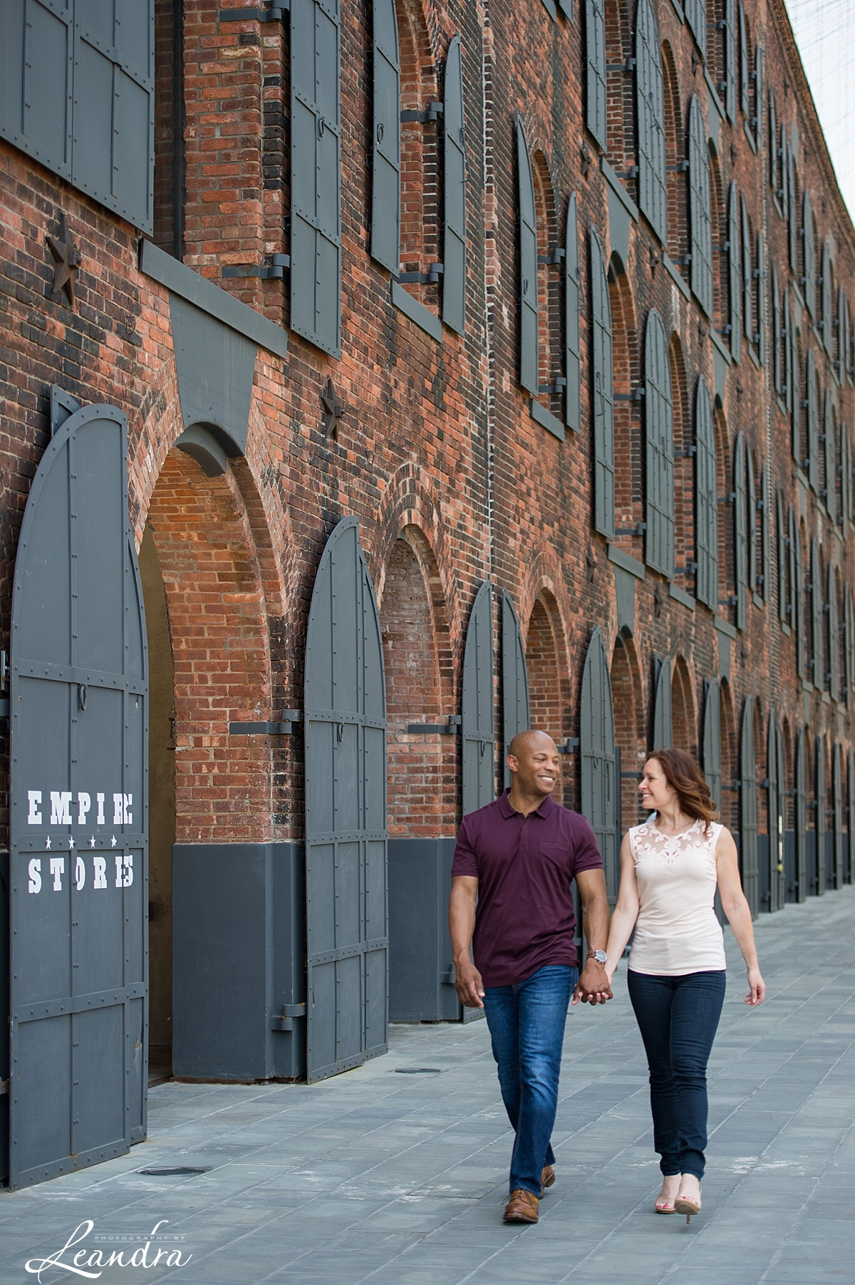 Engagement photos in DUMBO.Photography by Leandra_0063.jpg