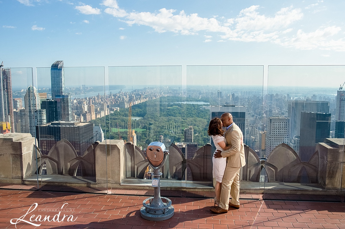 Top of the Rock NYC Engagement Session.Photography by Leandra_0065.jpg