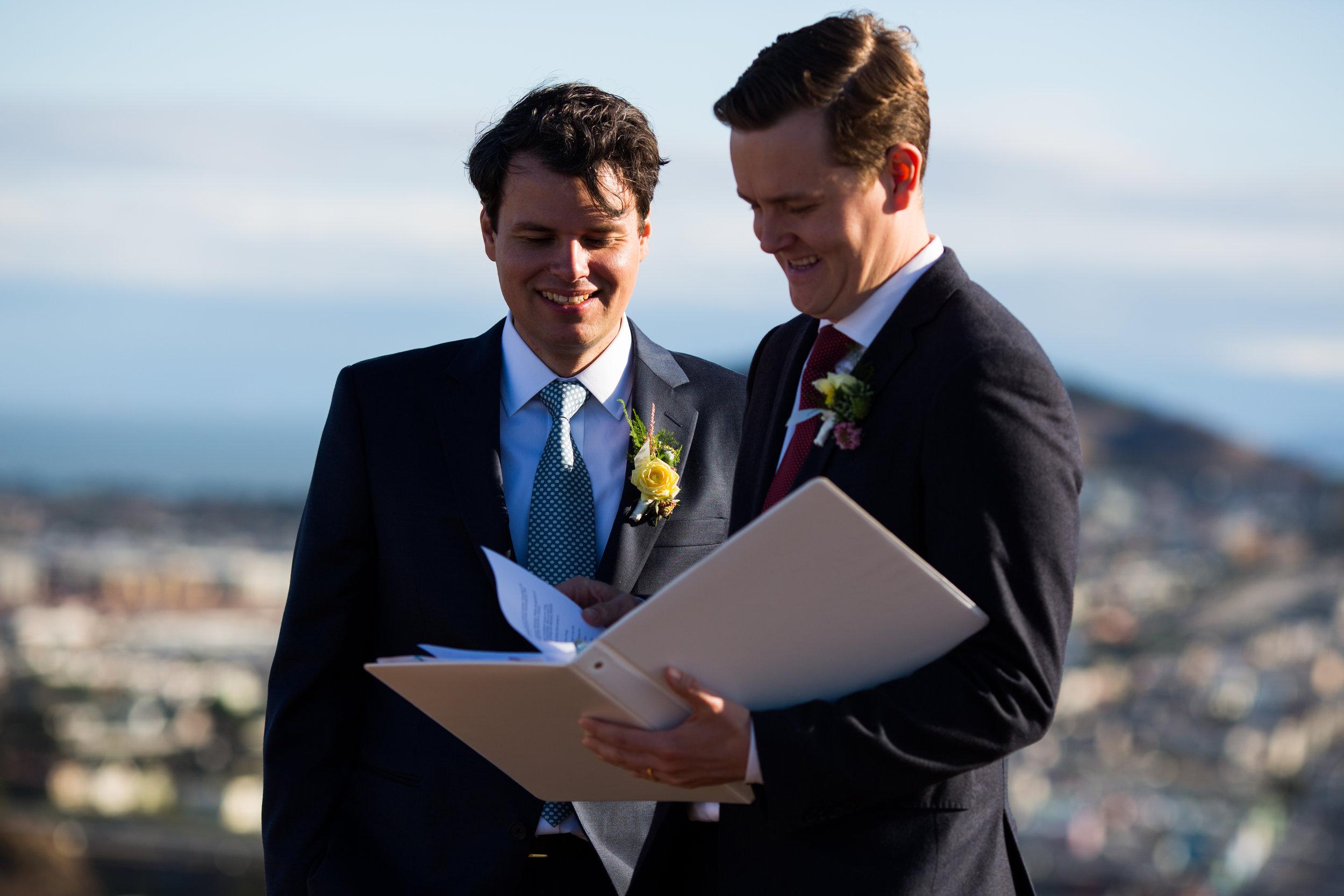 Bernal Heights Park Wedding Ceremony-35.jpg