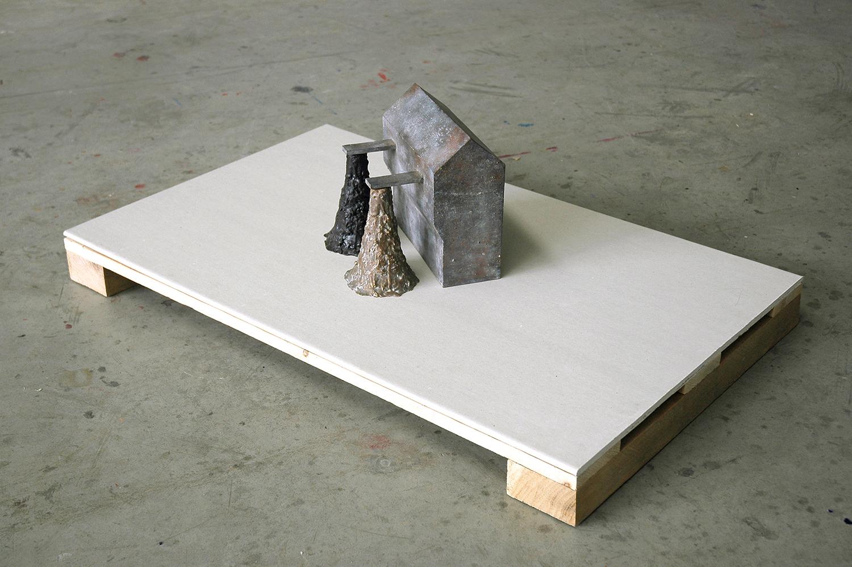 Source , 2007, 60 x 95 x 30,5 cm, bronze, wax, plasterboard, wood