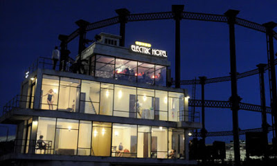 Electric-Hotel 2 (Ben Dowden).jpg