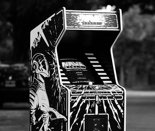 Year: 2013  Mini documentary about an Argentinean Arcade Game.