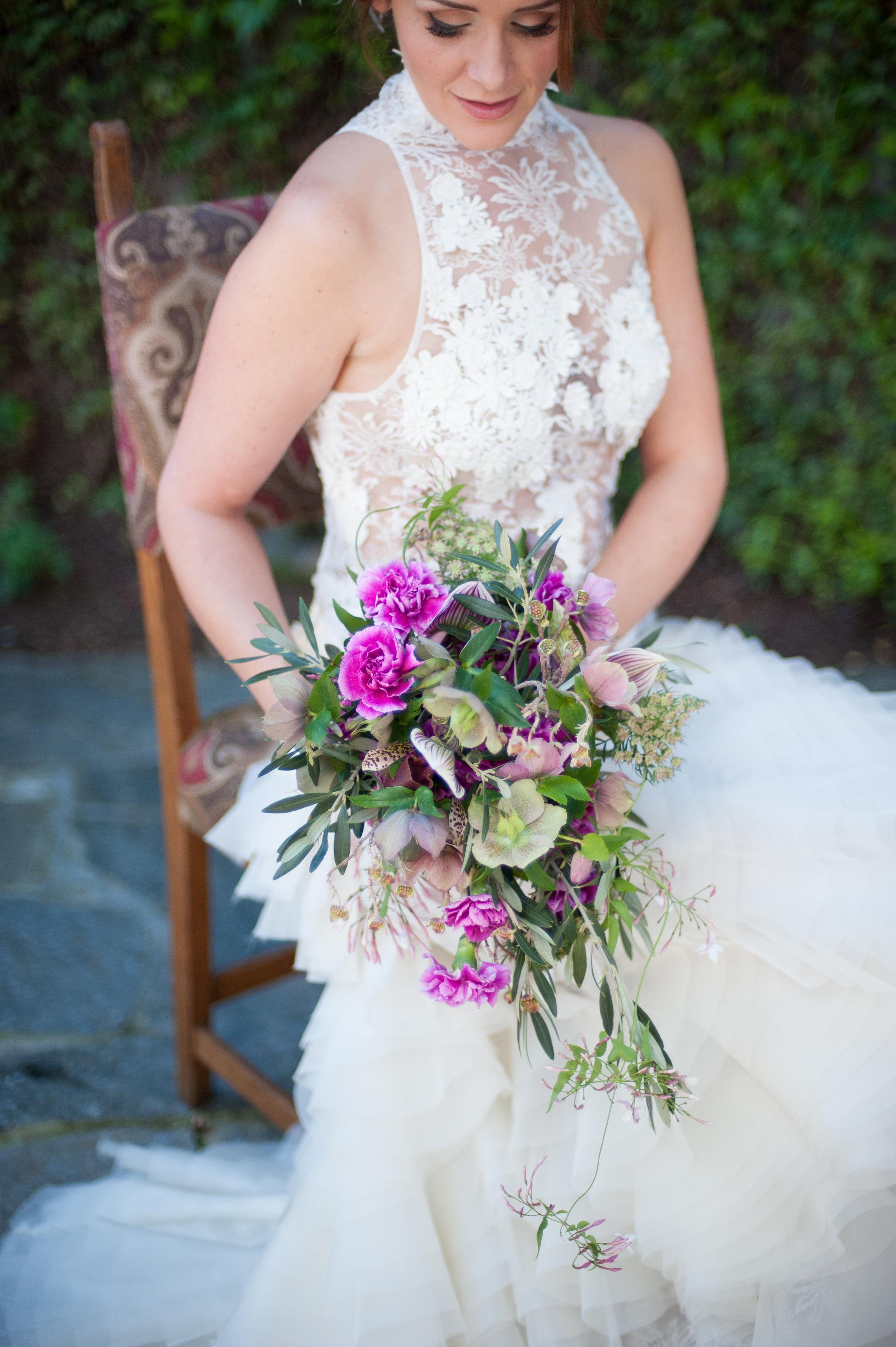 Mindy_Erik_Kenwood_Inn_Sonoma_Wedding_0101.jpg