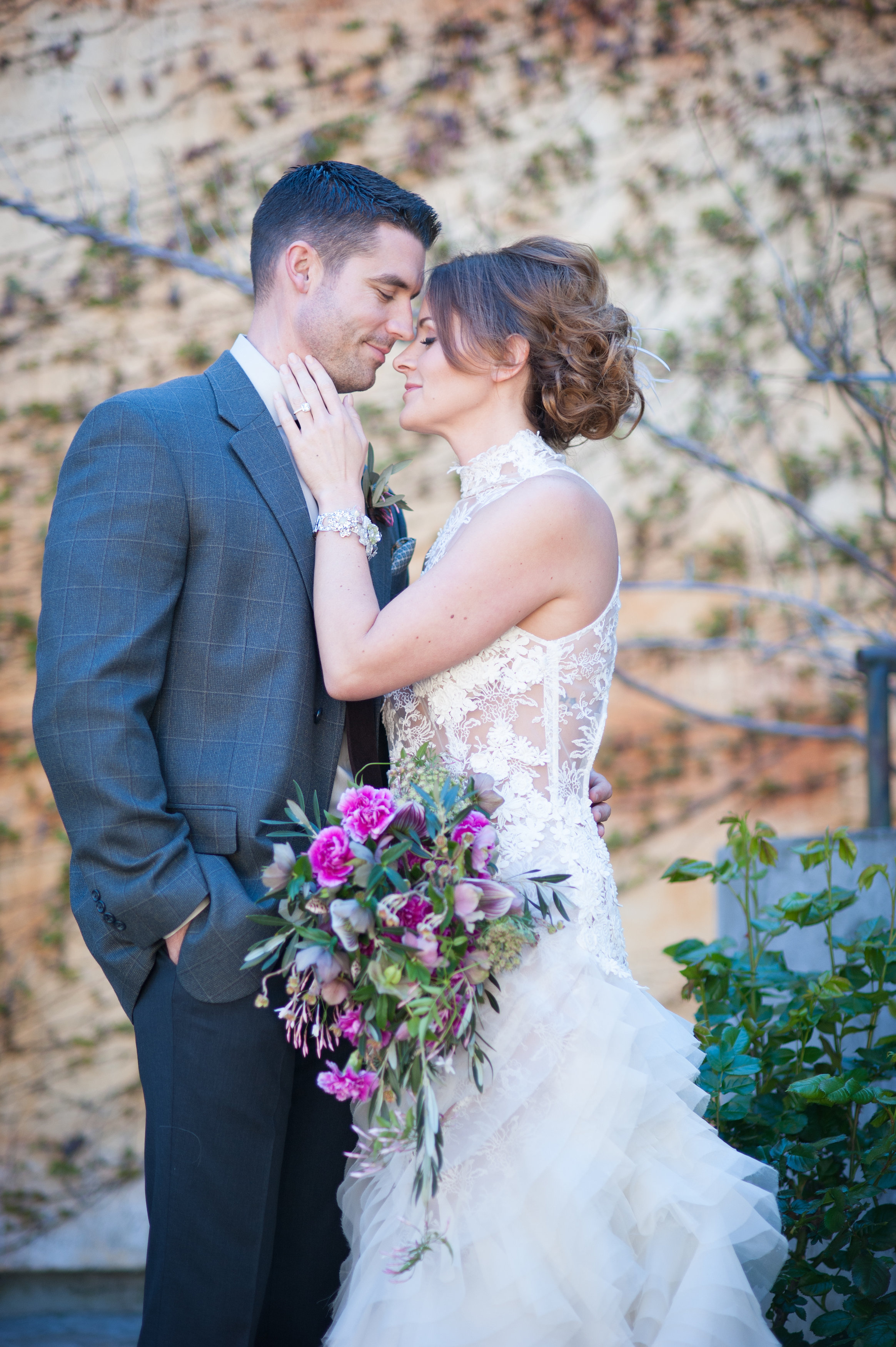 Mindy_Erik_Kenwood_Inn_Sonoma_Wedding_0201.jpg