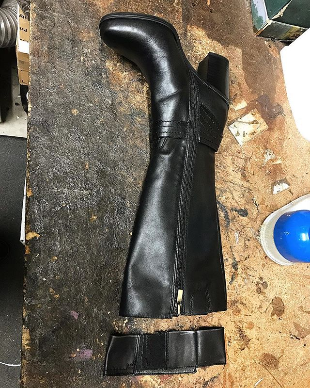 Wishing the shaft of your boots were a bit shorter?! We can make that happen!! We shortened the shaft of this boot by 2 inches! 👢✂️⚒ . . . #moderncobblery #shoerepair #bootrepair #bootalteration #cobbler #shoecare #shoesaddict #sanmarcos #northcountysd #sandiegocounty #smallbusiness