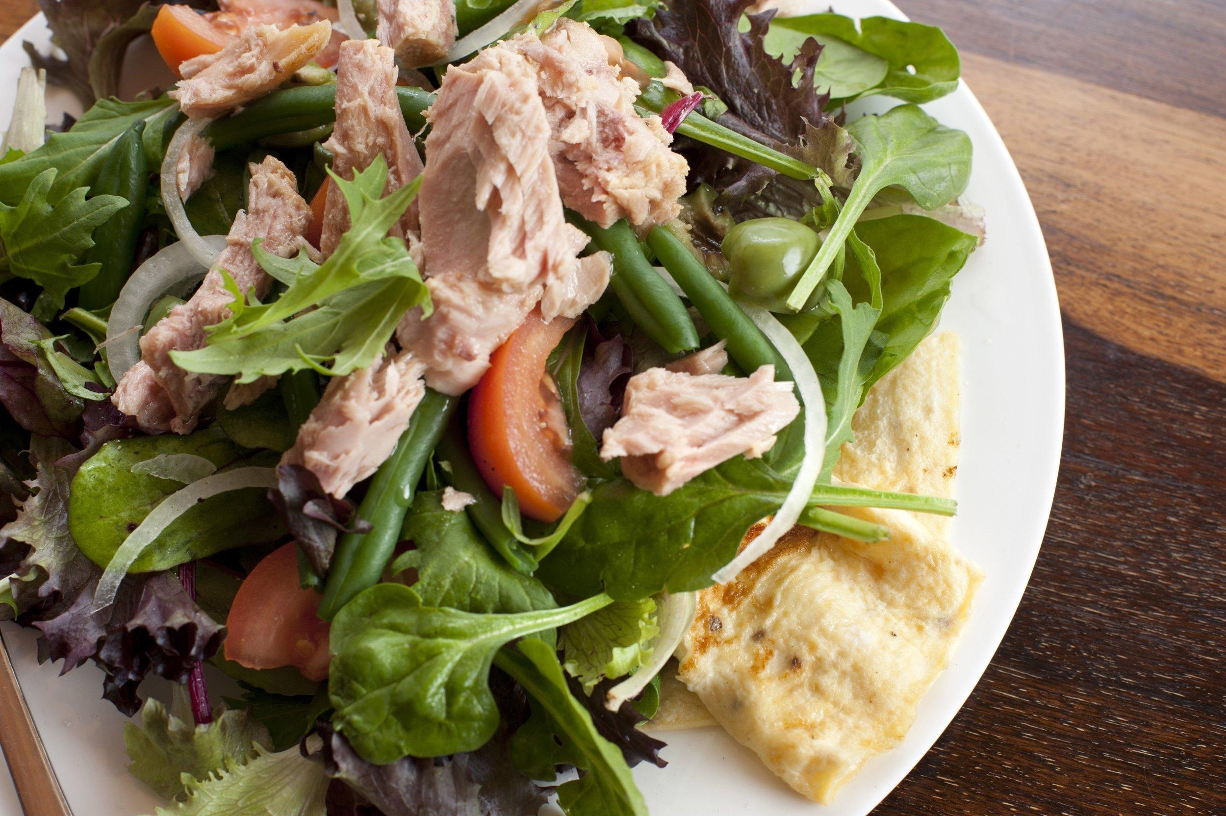 tuna_salad_plate.jpg