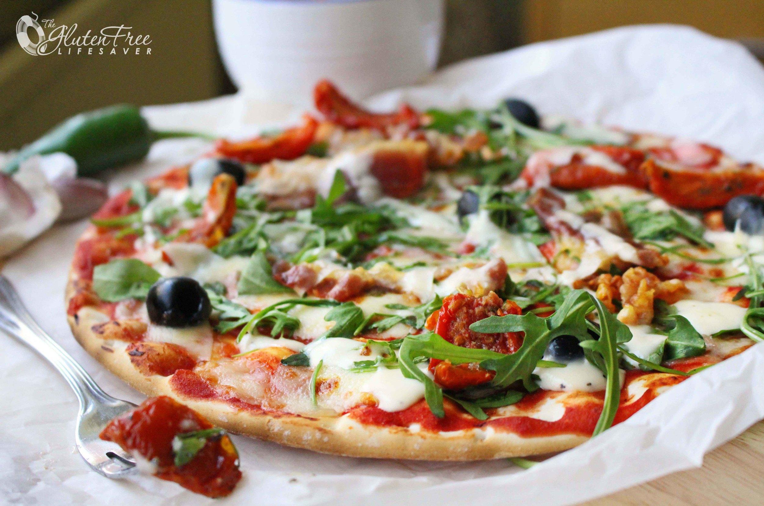 Super og enkel oppskrift på glutenfri pizzabunn
