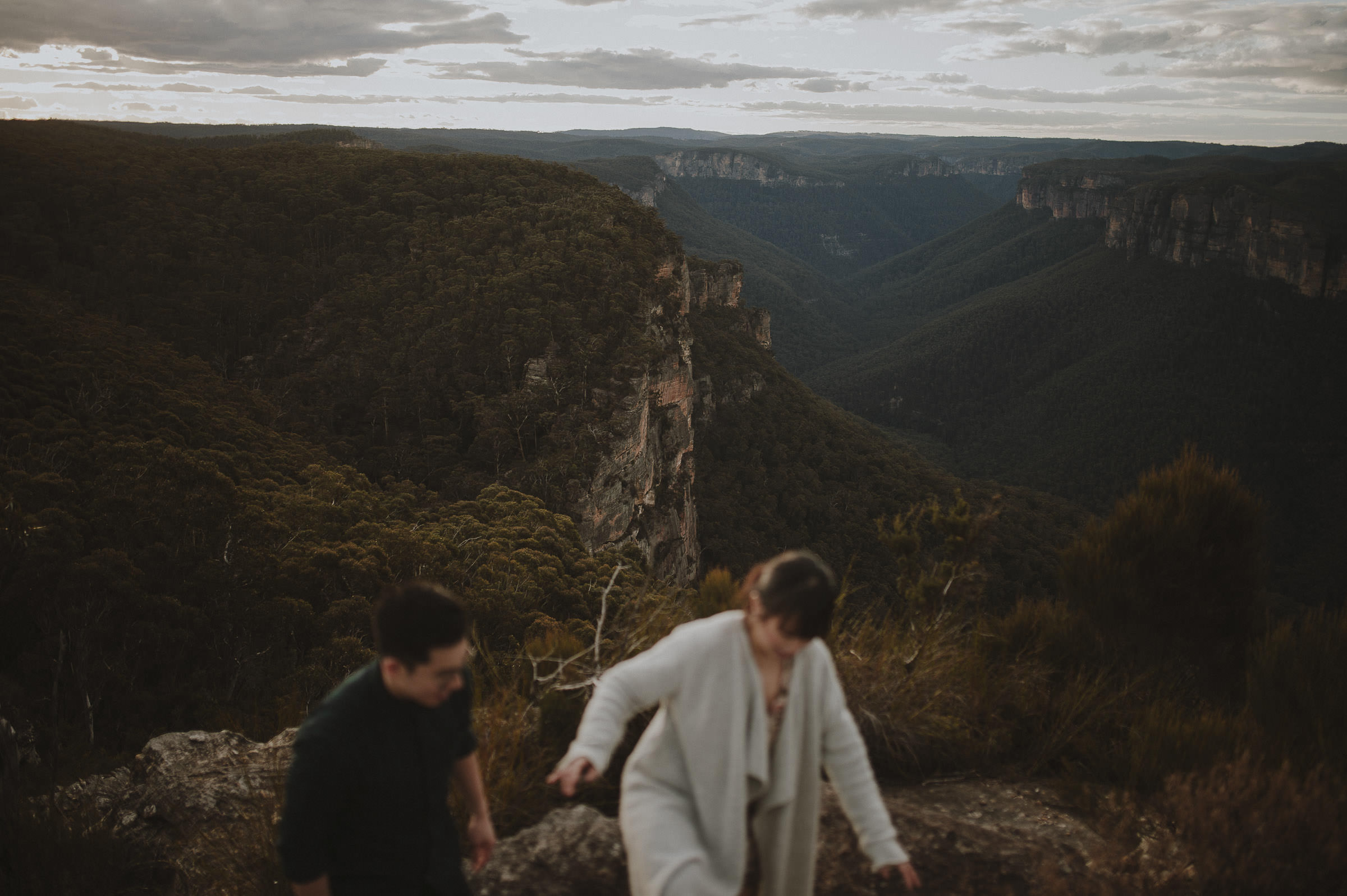 Liz_Paul_Blue_Mountains_Engagement_Shoot-19.jpg