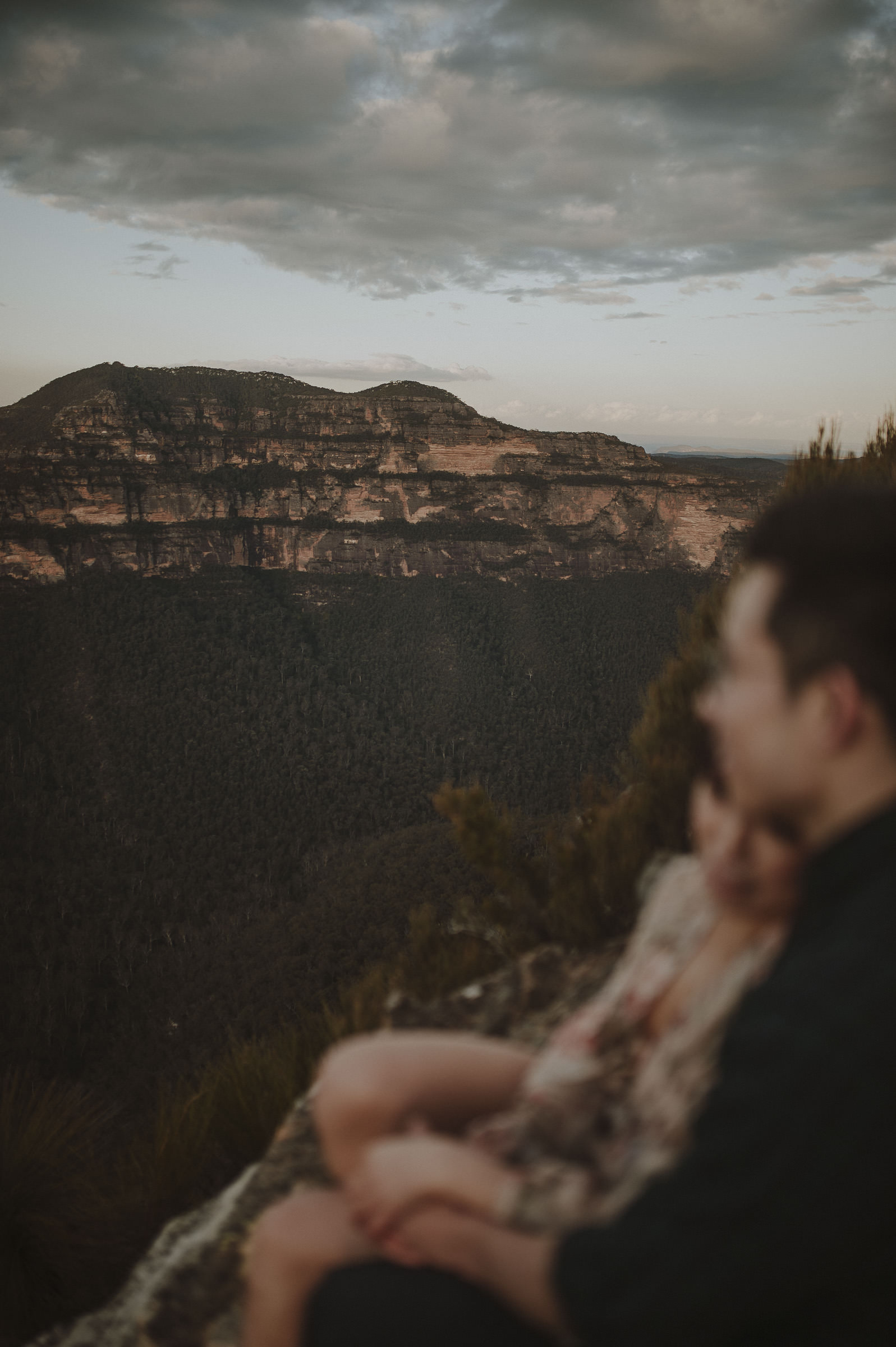 Liz_Paul_Blue_Mountains_Engagement_Shoot-25.jpg