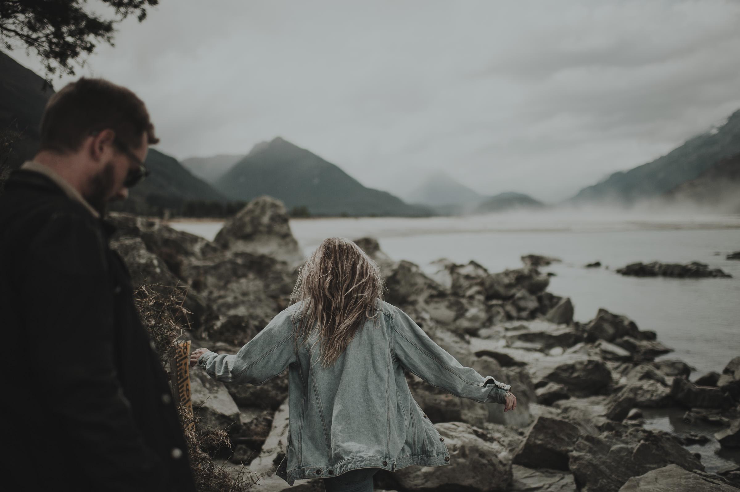 Katie_Hamish_Glenorchy_New_Zealand_Couple_Shoot-3.jpg