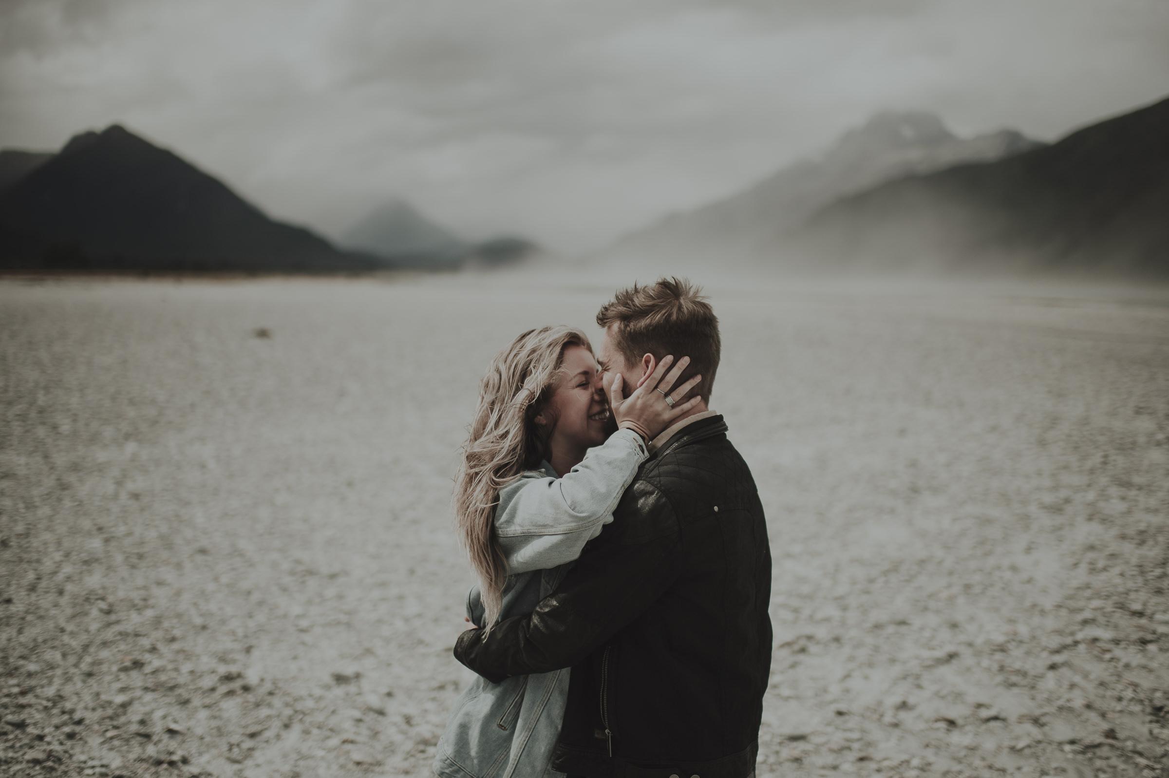 Katie_Hamish_Glenorchy_New_Zealand_Couple_Shoot-16.jpg