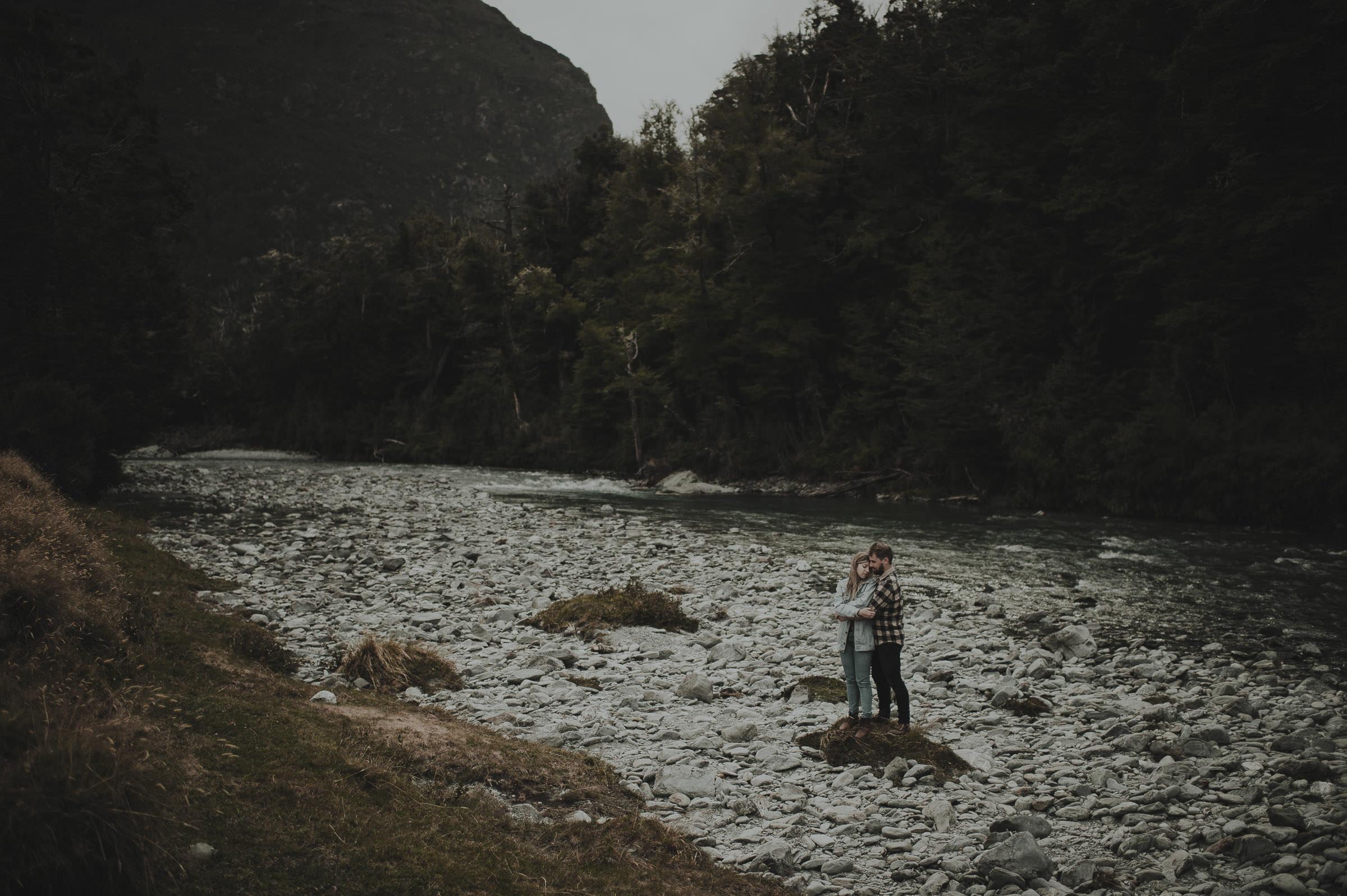 Katie_Hamish_Glenorchy_New_Zealand_Couple_Shoot-28.jpg