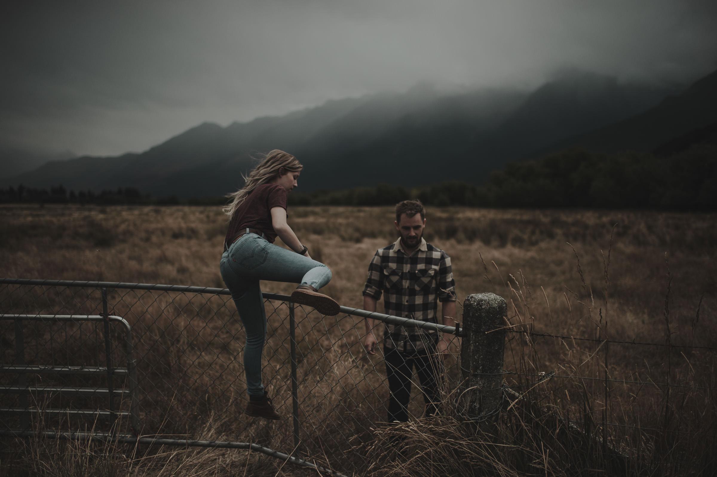 Katie_Hamish_Glenorchy_New_Zealand_Couple_Shoot-52.jpg