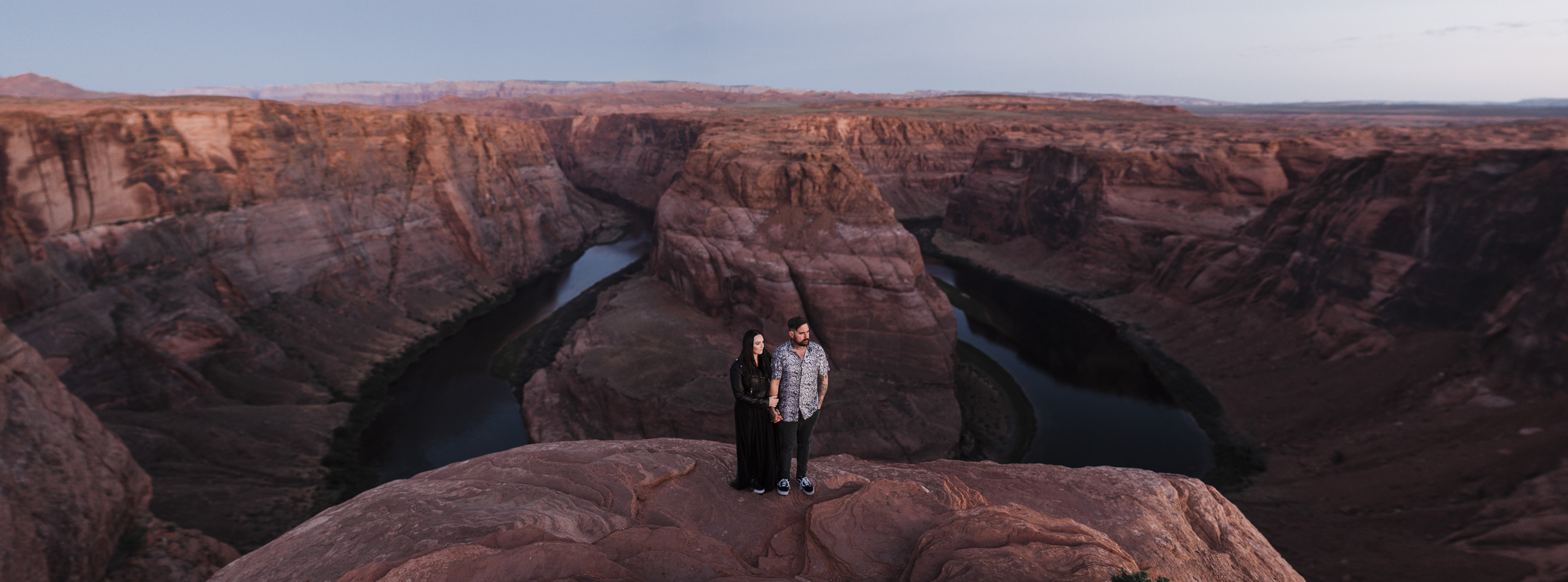 Stevie_Jake_Horshoe_Bend_USA_Couple_Photographer-11.jpg