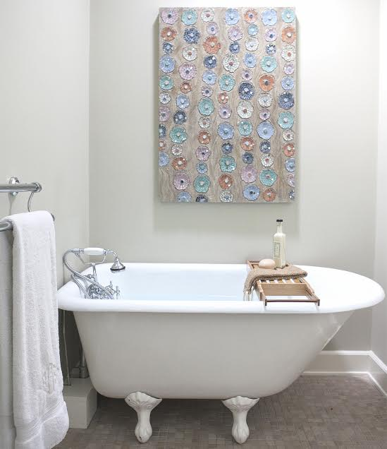 "BATHROOMS<a href=""/bathrooms""></a>"