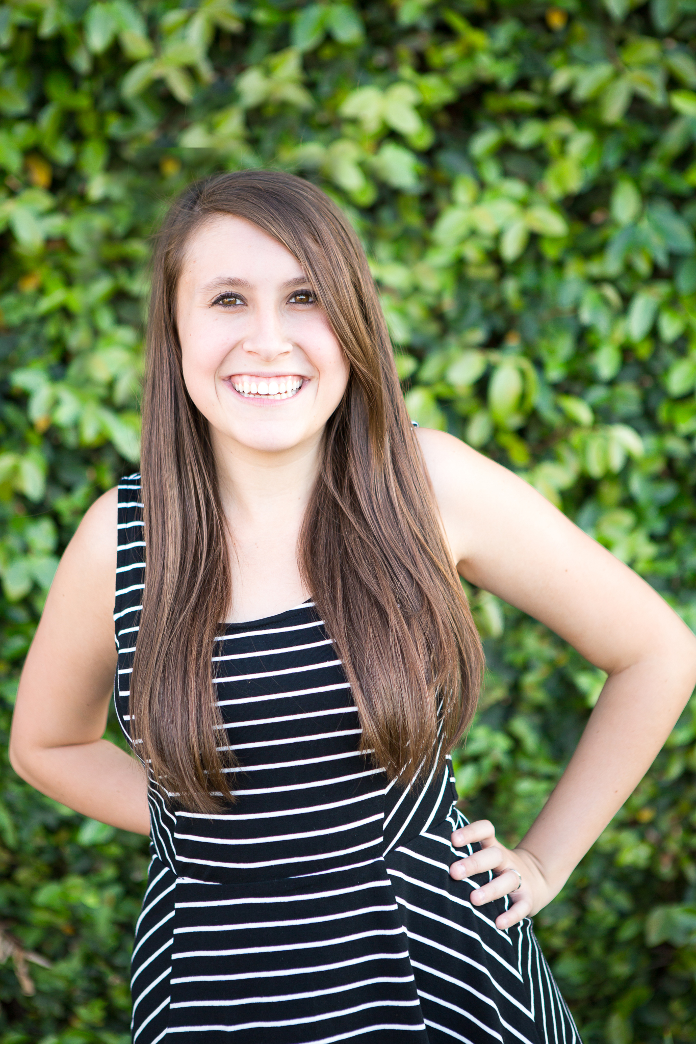 senior-photography-downtown-phoenix-laughing-leaves