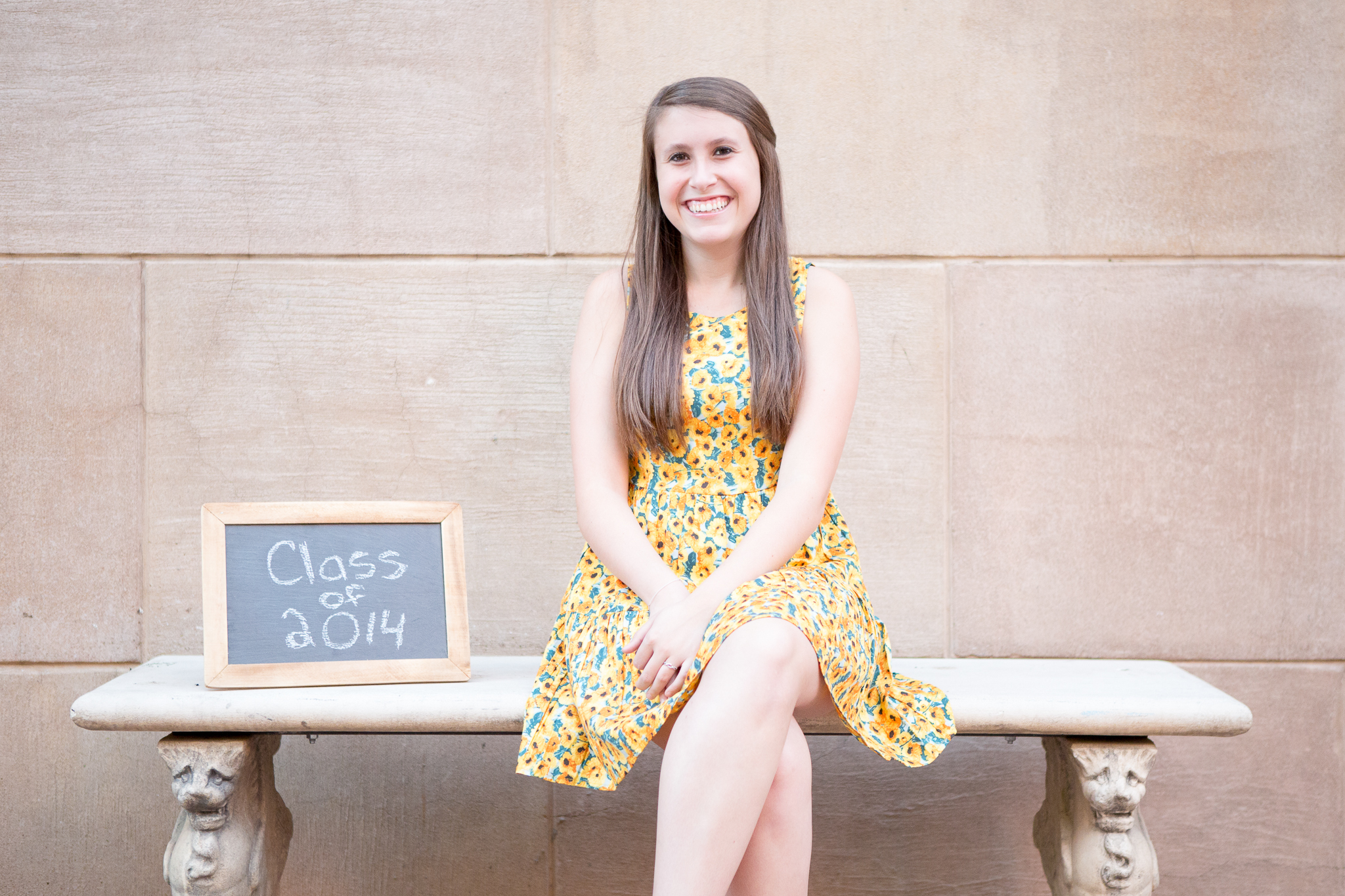 senior-photography-phoenix-class-of-2014-bench-laughing