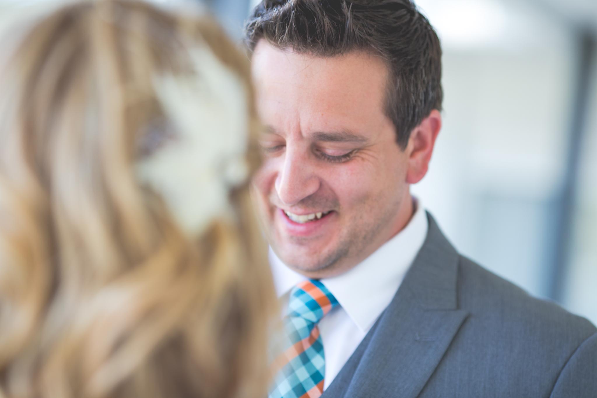 scottsdale-wedding-photographer-el-dorado-ben-smile-first-look