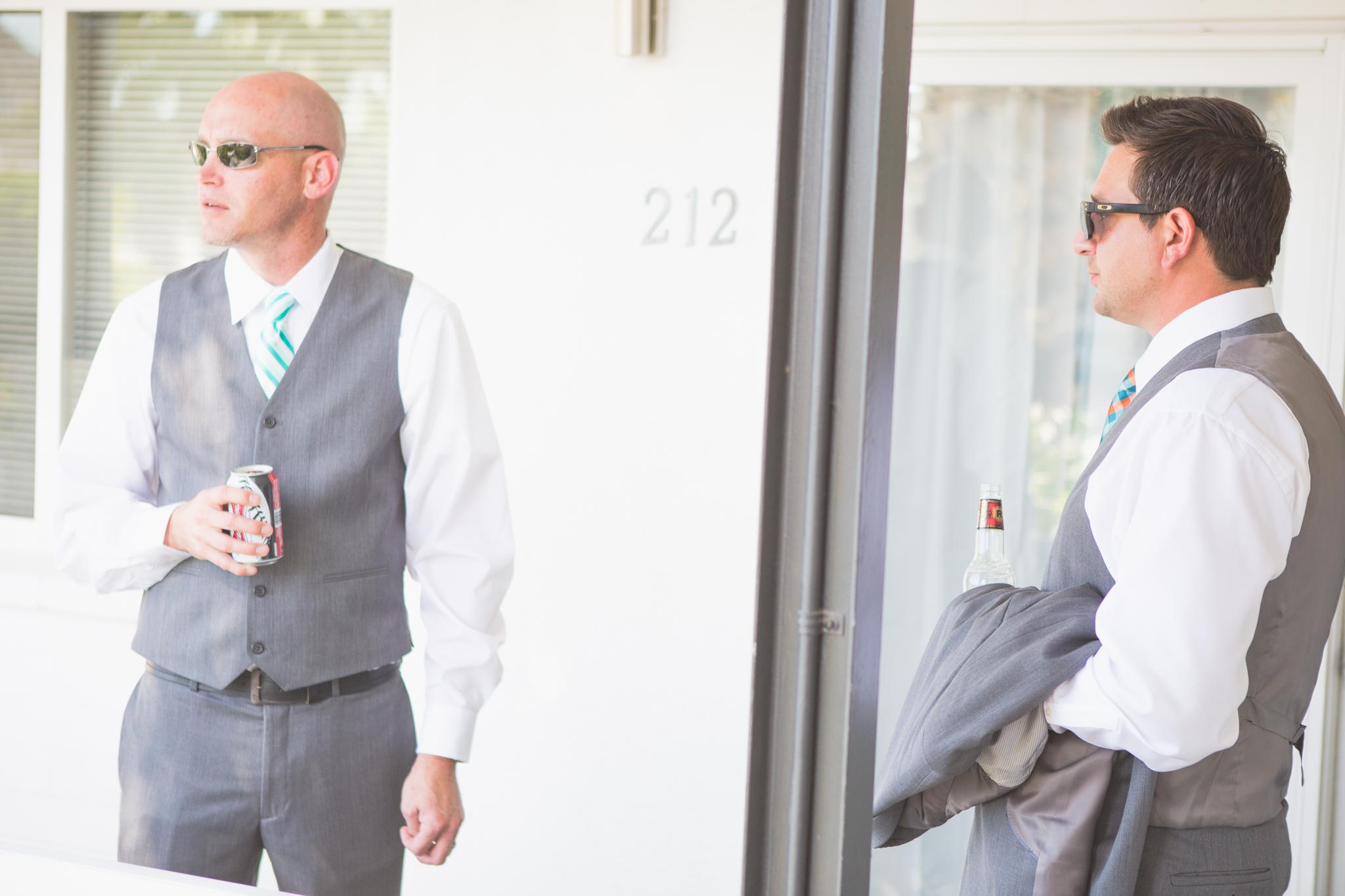 scottsdale-wedding-photographer-el-dorado-groom-groomsman-hanging-out