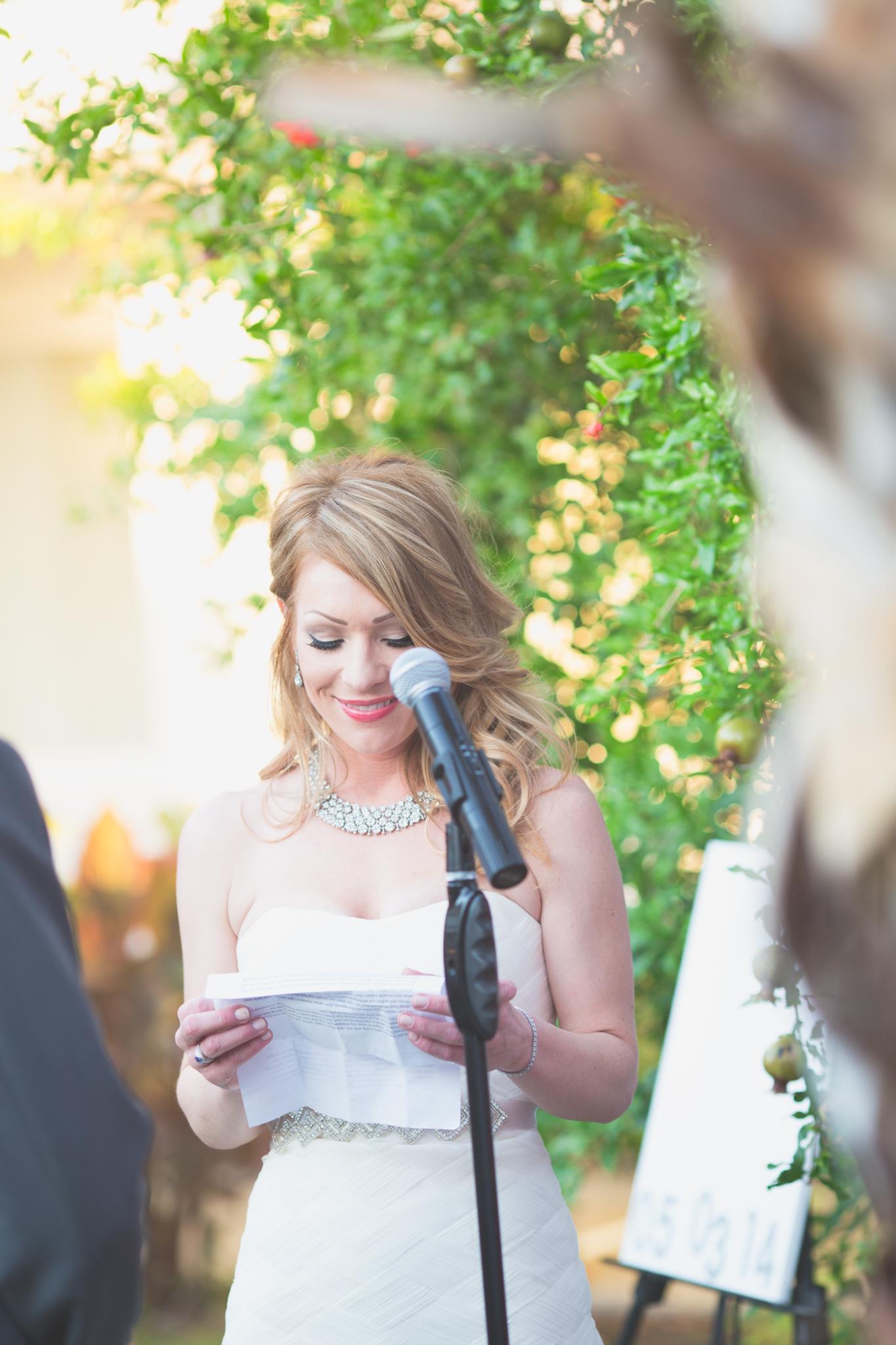 el-dorado-resort-wedding-bride-smiling-ceremony